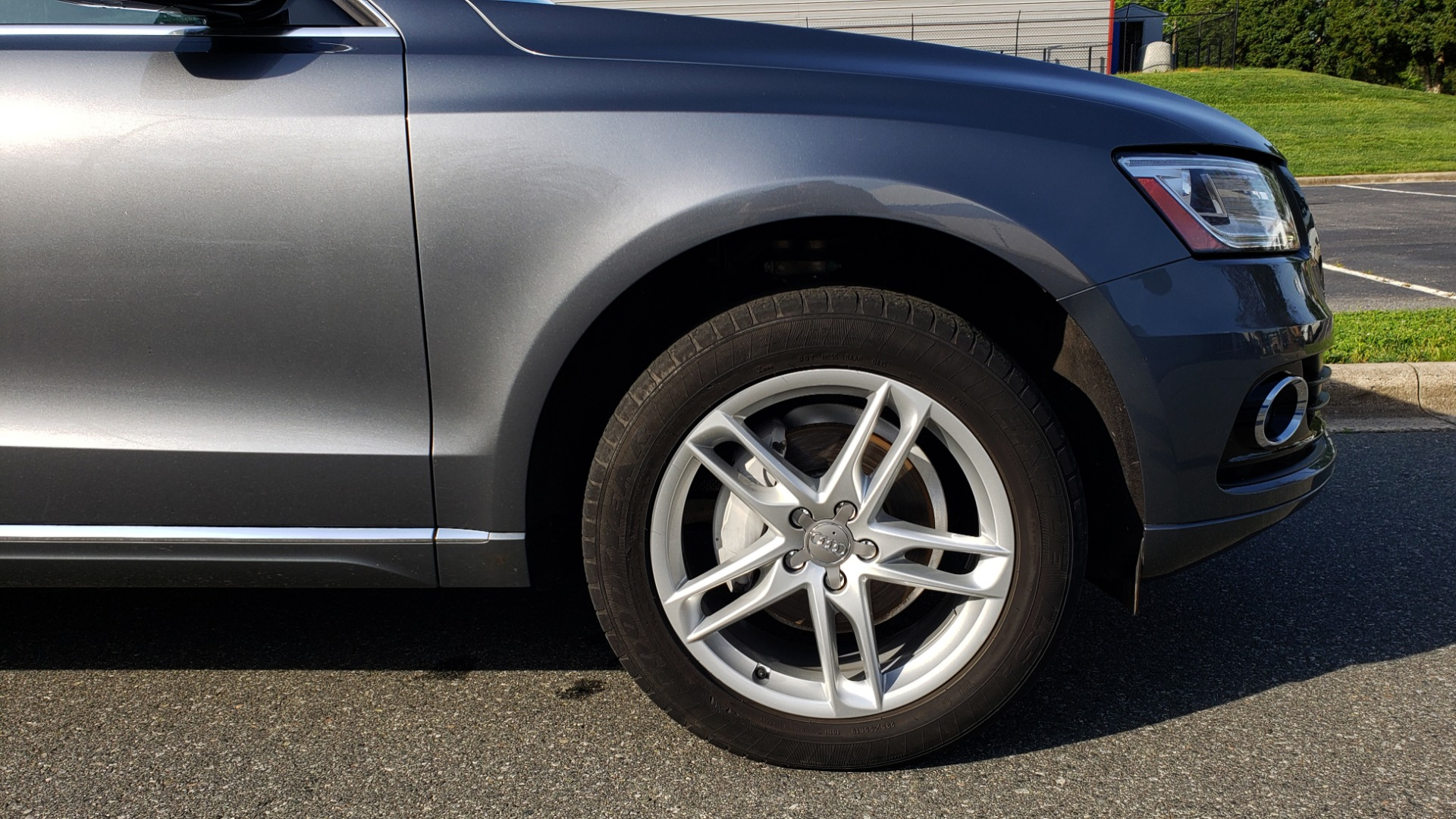 Used 2015 Audi Q5 PREMIUM PLUS / TECH PKG / NAV / PANO-ROOF / REARVIEW for sale Sold at Formula Imports in Charlotte NC 28227 83