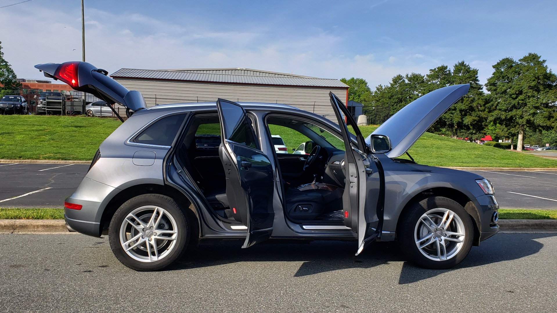 Used 2015 Audi Q5 PREMIUM PLUS / TECH PKG / NAV / PANO-ROOF / REARVIEW for sale Sold at Formula Imports in Charlotte NC 28227 9