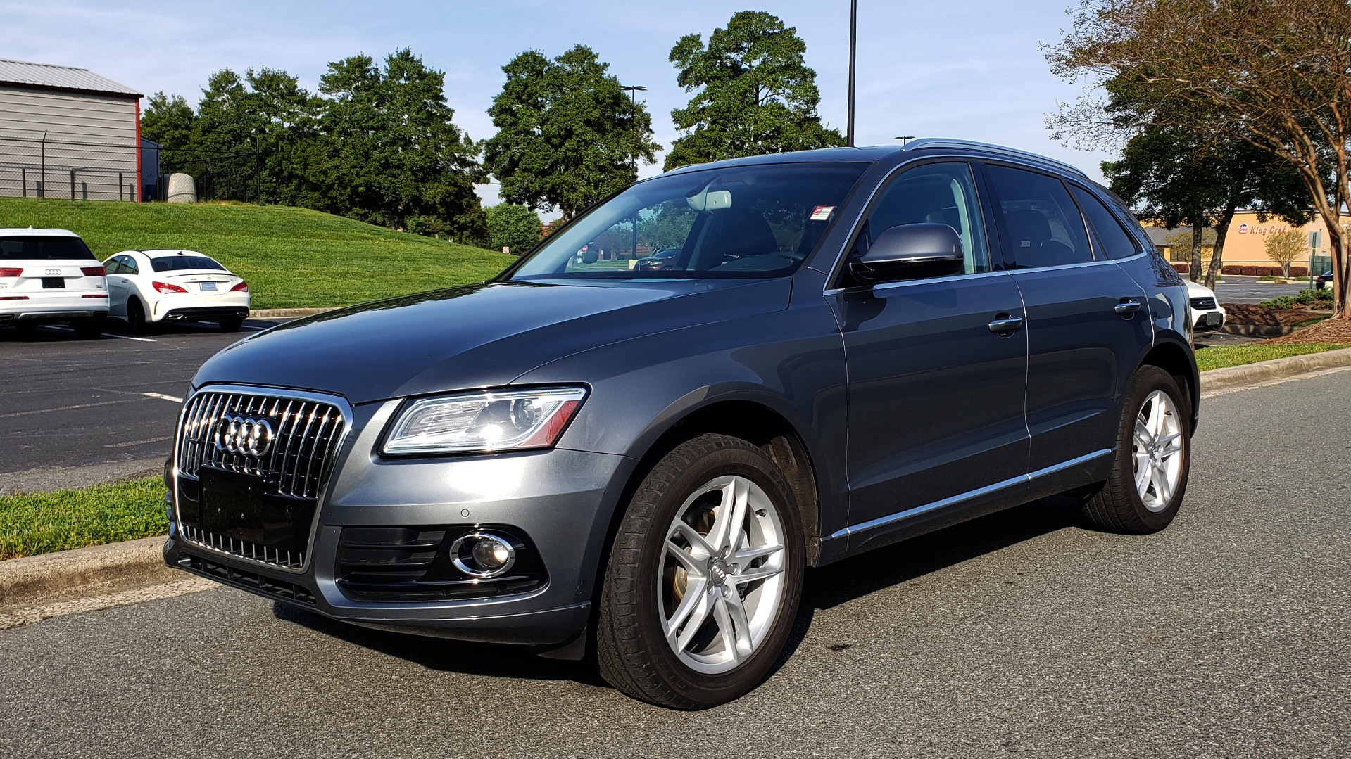 Used 2015 Audi Q5 PREMIUM PLUS / TECH PKG / NAV / PANO-ROOF / REARVIEW for sale Sold at Formula Imports in Charlotte NC 28227 1