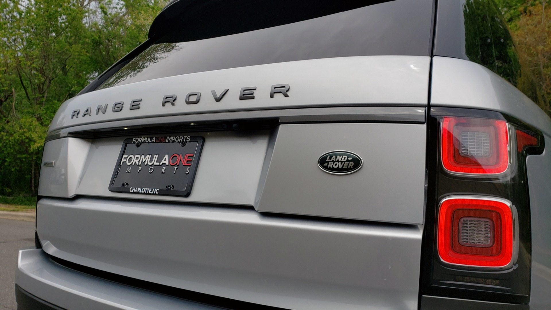 Used 2019 Land Rover RANGE ROVER SUPERCHARGED V8 / DRV PRO PK / VISION ASSIST / SHADOW PKG / PARK PRO / TOW  for sale Sold at Formula Imports in Charlotte NC 28227 41