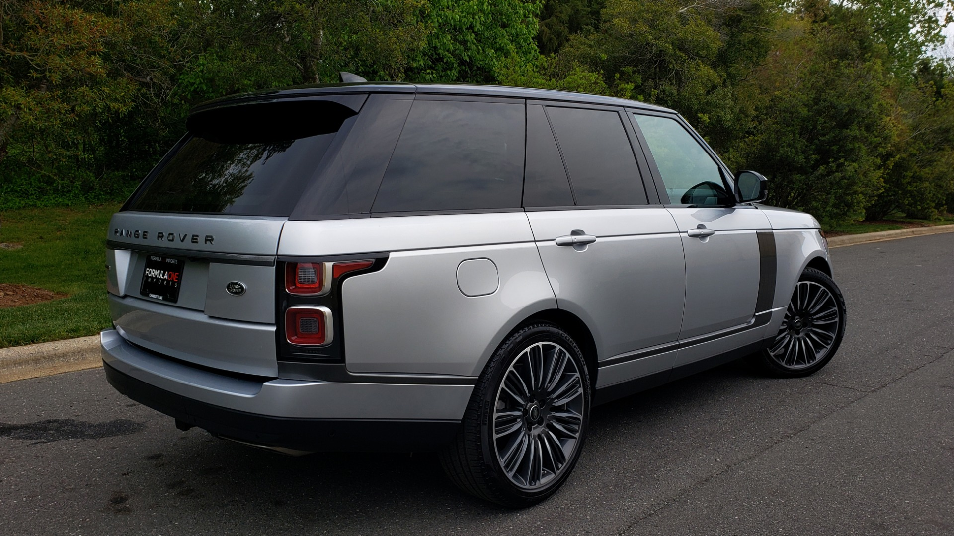 Used 2019 Land Rover RANGE ROVER SUPERCHARGED V8 / DRV PRO PK / VISION ASSIST / SHADOW PKG / PARK PRO / TOW  for sale Sold at Formula Imports in Charlotte NC 28227 6