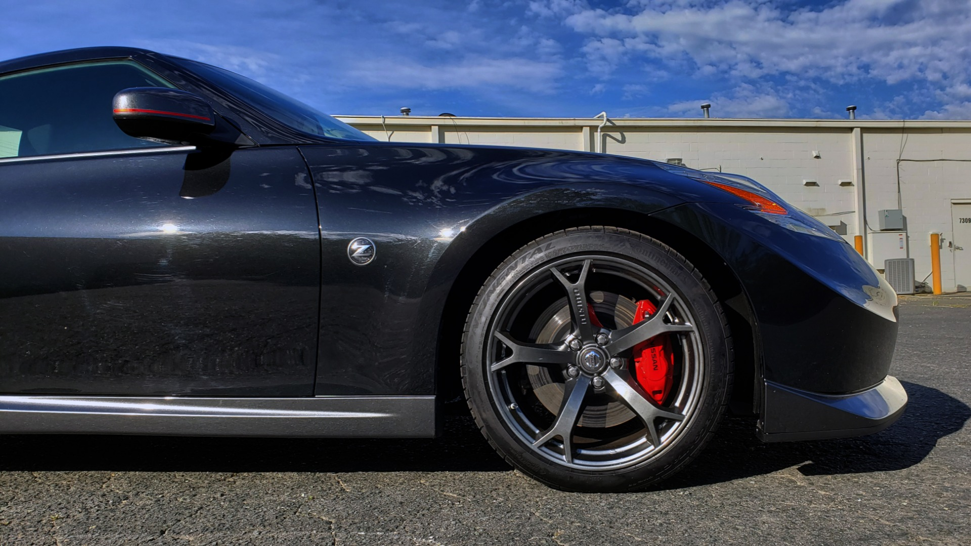 Used 2014 Nissan 370Z NISMO / 6-SPD MAN / BOSE / 6-DISC CHANGER / NISMO MATS / REARVIEW for sale Sold at Formula Imports in Charlotte NC 28227 12