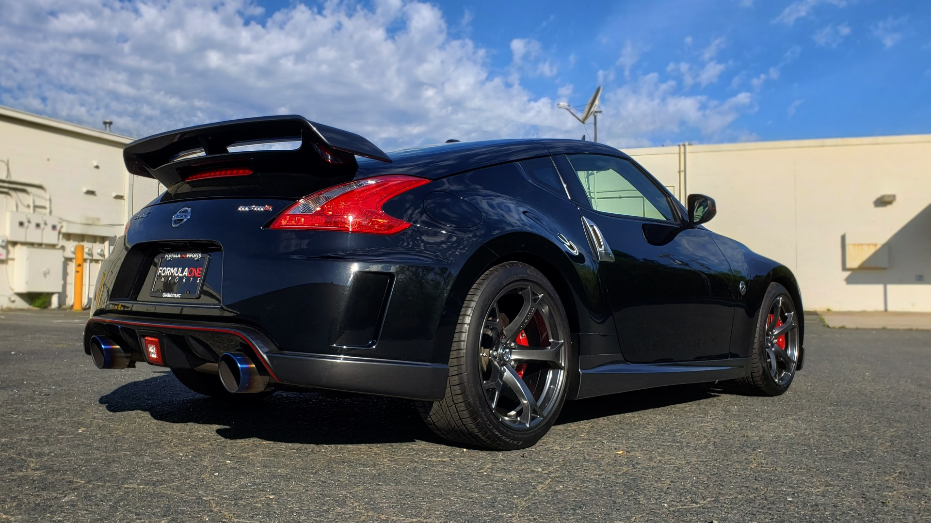 Used 2014 Nissan 370Z NISMO / 6-SPD MAN / BOSE / 6-DISC CHANGER / NISMO MATS / REARVIEW for sale Sold at Formula Imports in Charlotte NC 28227 8