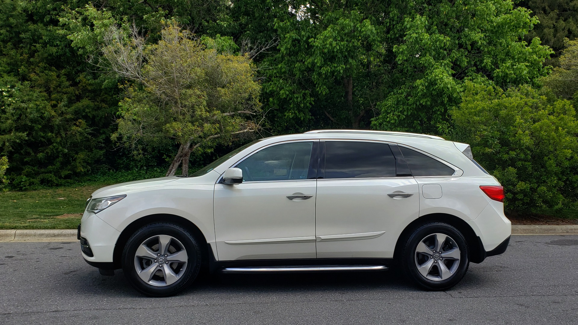Used 2014 Acura MDX AWD / NAV / SUNROOF / 3-ROW / REARVIEW / PREMIUM SND for sale Sold at Formula Imports in Charlotte NC 28227 2