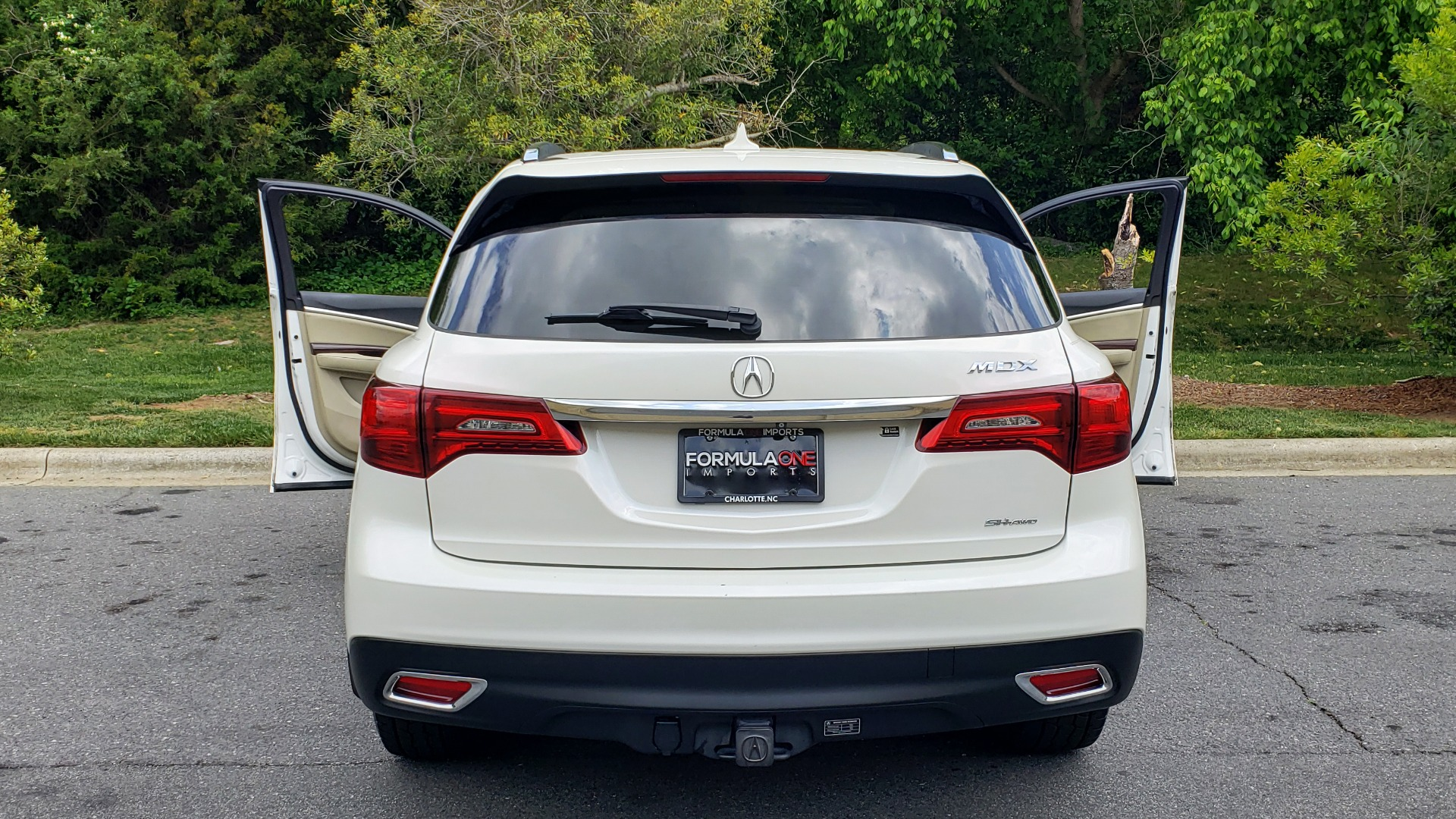 Used 2014 Acura MDX AWD / NAV / SUNROOF / 3-ROW / REARVIEW / PREMIUM SND for sale Sold at Formula Imports in Charlotte NC 28227 31