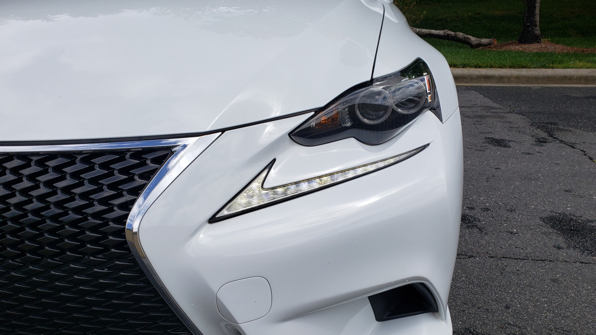 Used 2014 Lexus IS 350 F-SPORT / NAV / SUNROOF / REARVIEW / BSM / MARK LEV SND for sale Sold at Formula Imports in Charlotte NC 28227 20