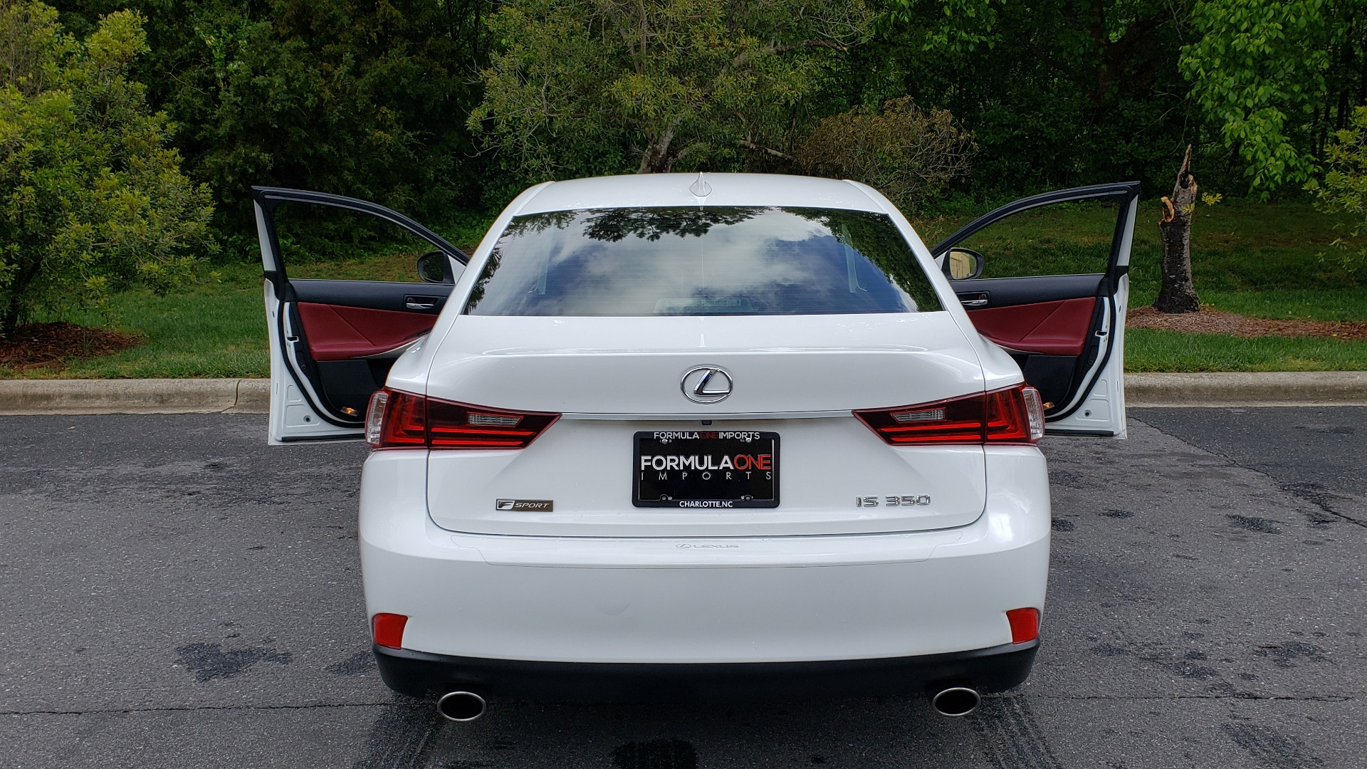 Used 2014 Lexus IS 350 F-SPORT / NAV / SUNROOF / REARVIEW / BSM / MARK LEV SND for sale Sold at Formula Imports in Charlotte NC 28227 25