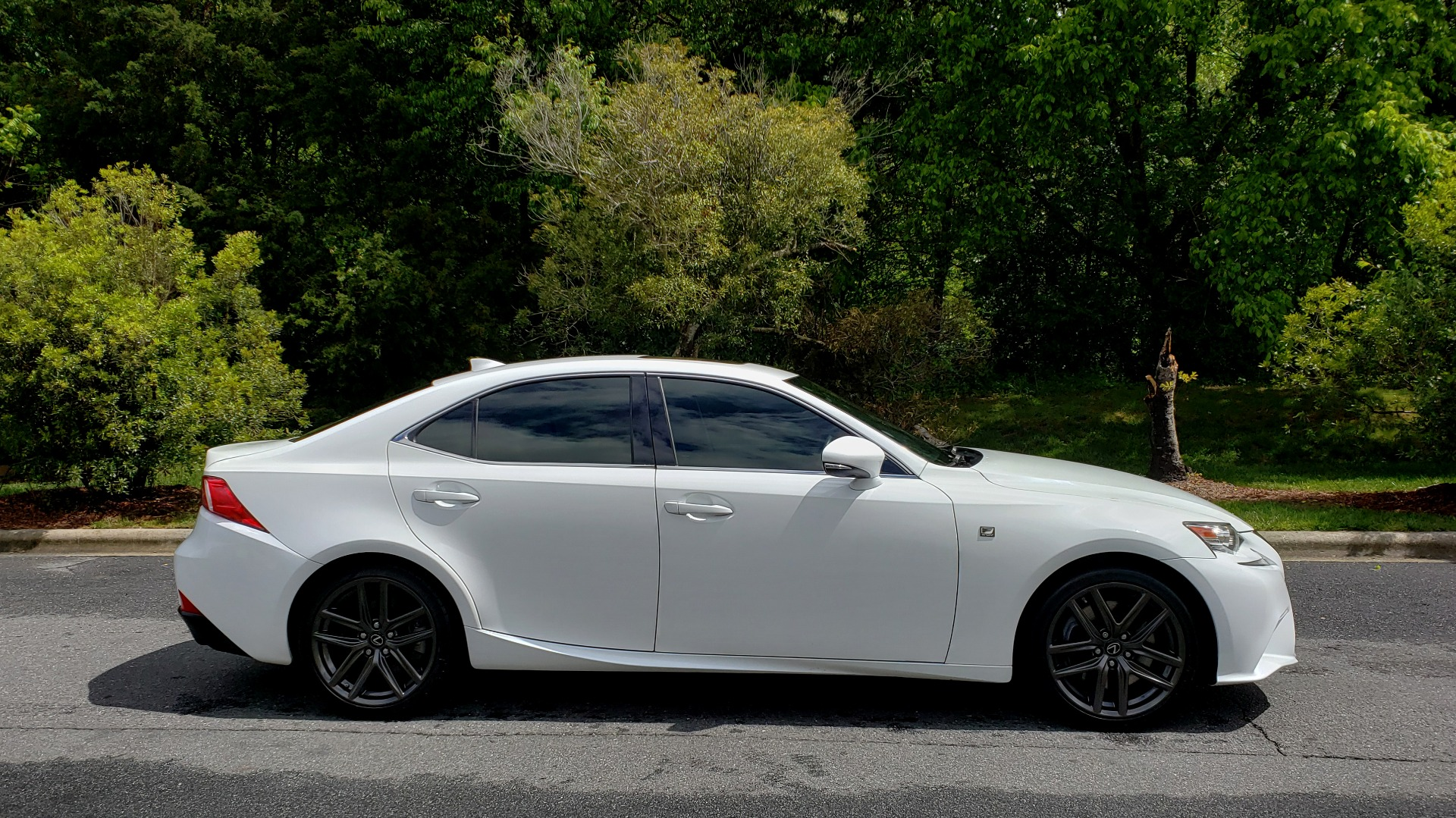Used 2014 Lexus IS 350 F-SPORT / NAV / SUNROOF / REARVIEW / BSM / MARK LEV SND for sale Sold at Formula Imports in Charlotte NC 28227 5