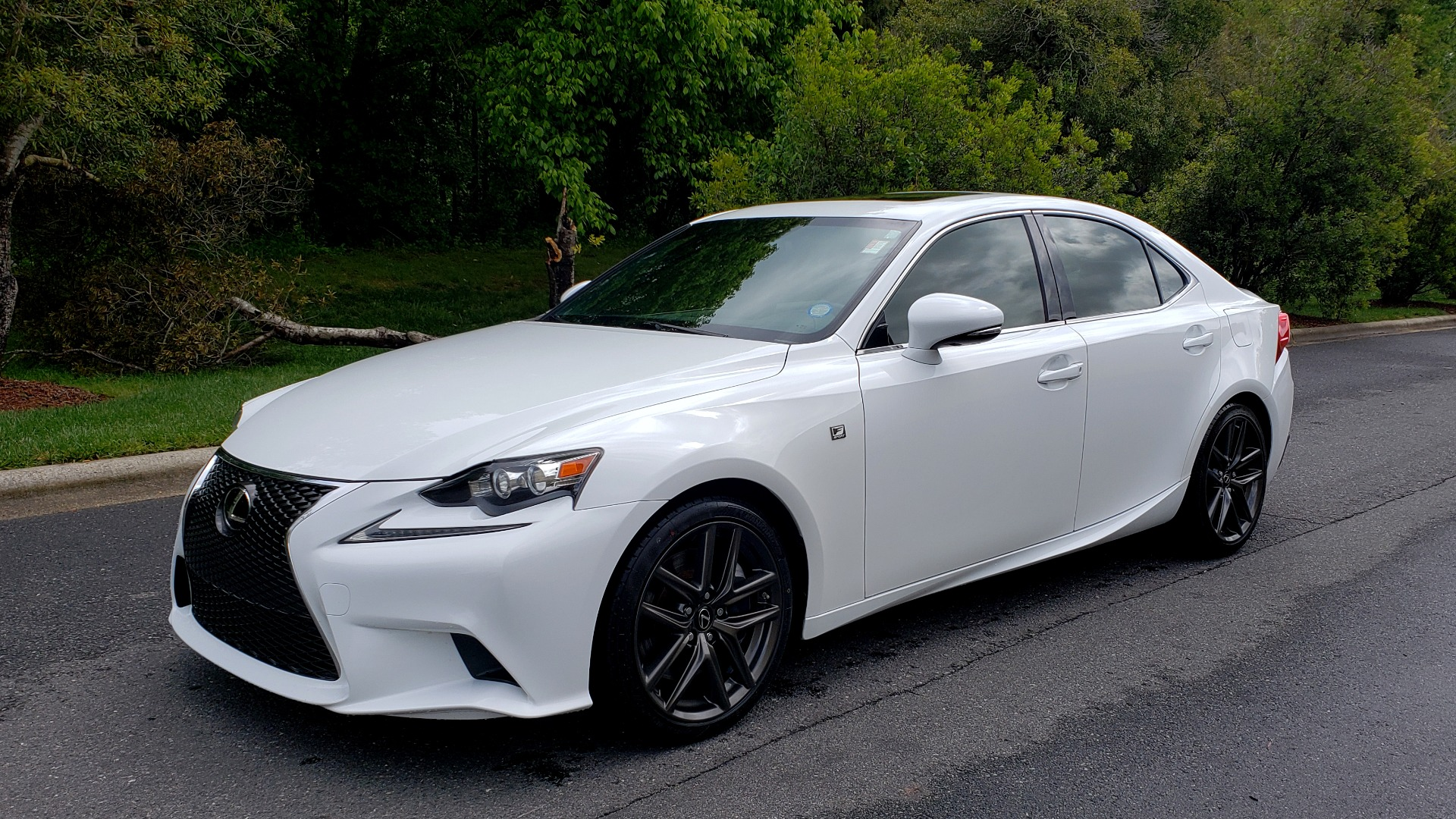 Used 2014 Lexus IS 350 F-SPORT / NAV / SUNROOF / REARVIEW / BSM / MARK LEV SND for sale Sold at Formula Imports in Charlotte NC 28227 1