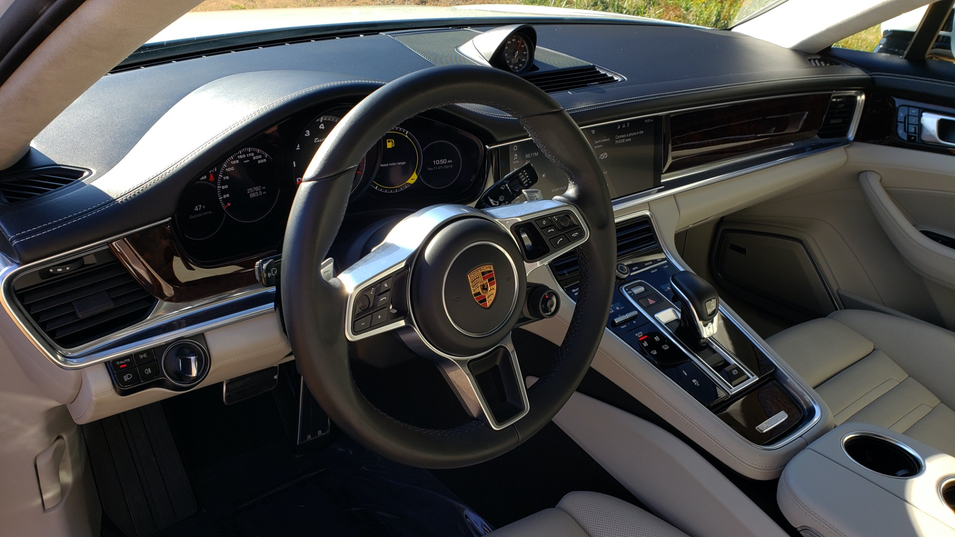 Used 2017 Porsche Panamera Turbo for sale Sold at Formula Imports in Charlotte NC 28227 40