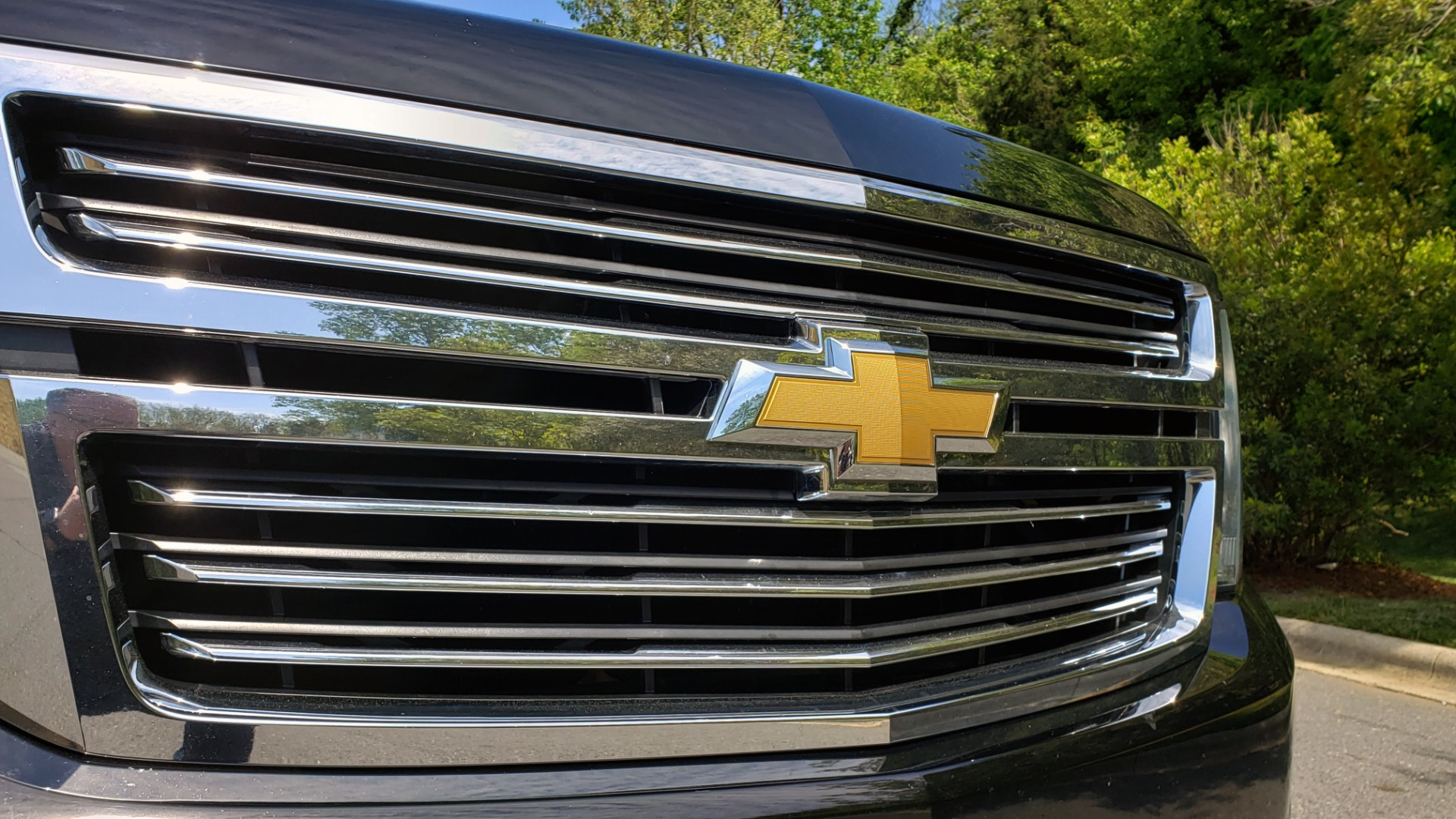 Used 2016 Chevrolet SUBURBAN LTZ 4WD / ENTERTAIN / TRAILER PKG / SNRF / NAV / CAMERA / 3-ROW for sale Sold at Formula Imports in Charlotte NC 28227 26