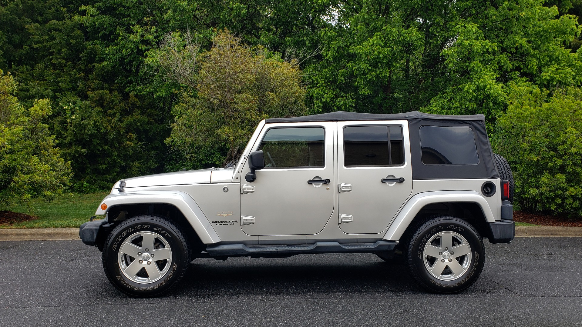 Used 2011 Jeep WRANGLER UNLIMITED SAHARA 4WD / 3-PC FREEDOM TOP / 6-SPD MANUAL for sale Sold at Formula Imports in Charlotte NC 28227 2