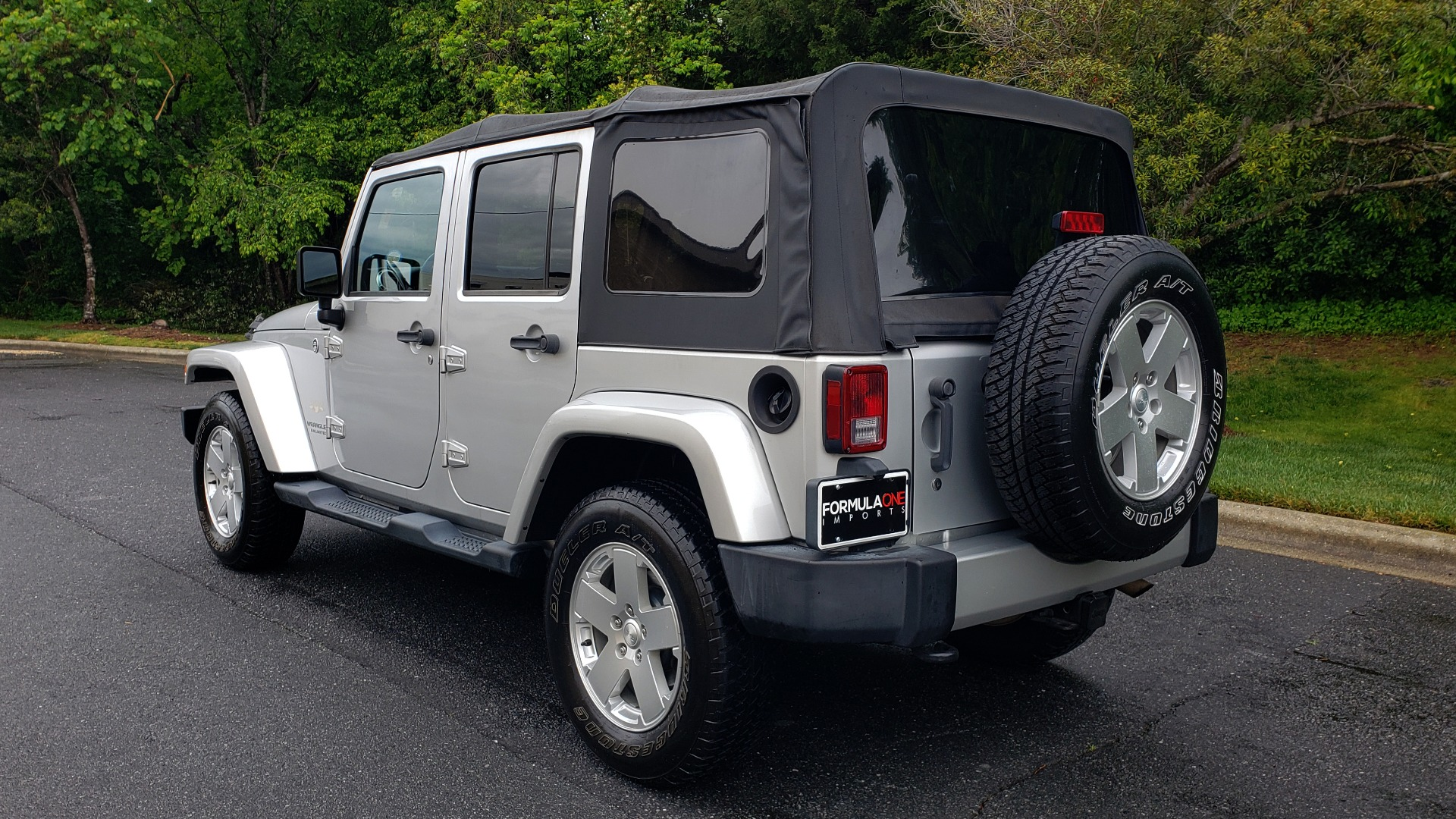 Used 2011 Jeep WRANGLER UNLIMITED SAHARA 4WD / 3-PC FREEDOM TOP / 6-SPD MANUAL for sale Sold at Formula Imports in Charlotte NC 28227 3