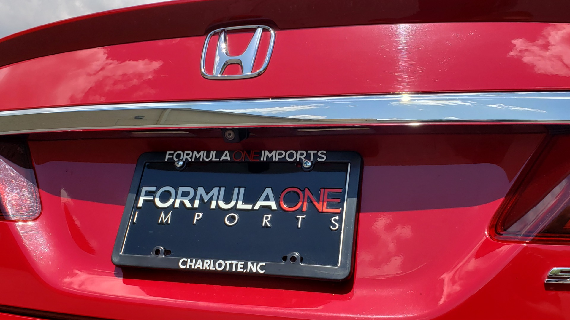 Used 2016 Honda ACCORD SEDAN SPORT / 4-CYL / CVT TRANS / SPOILER / 19IN ALLOY WHEELS for sale Sold at Formula Imports in Charlotte NC 28227 27