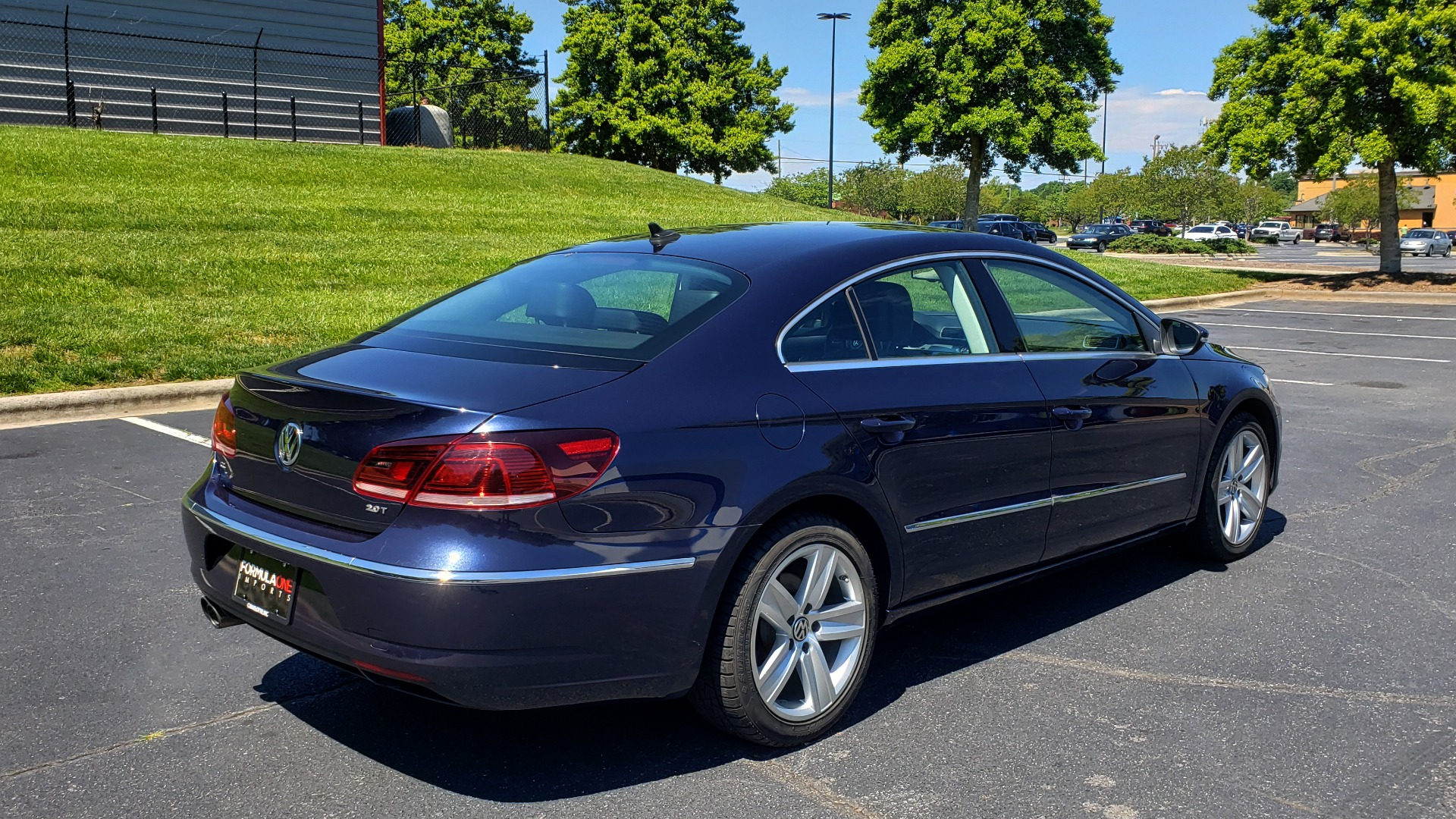 Used 2013 Volkswagen CC SPORT W/LIGHTING PKG / 2.0L 4-CYL / DSG 6-SPD AUTO for sale Sold at Formula Imports in Charlotte NC 28227 6