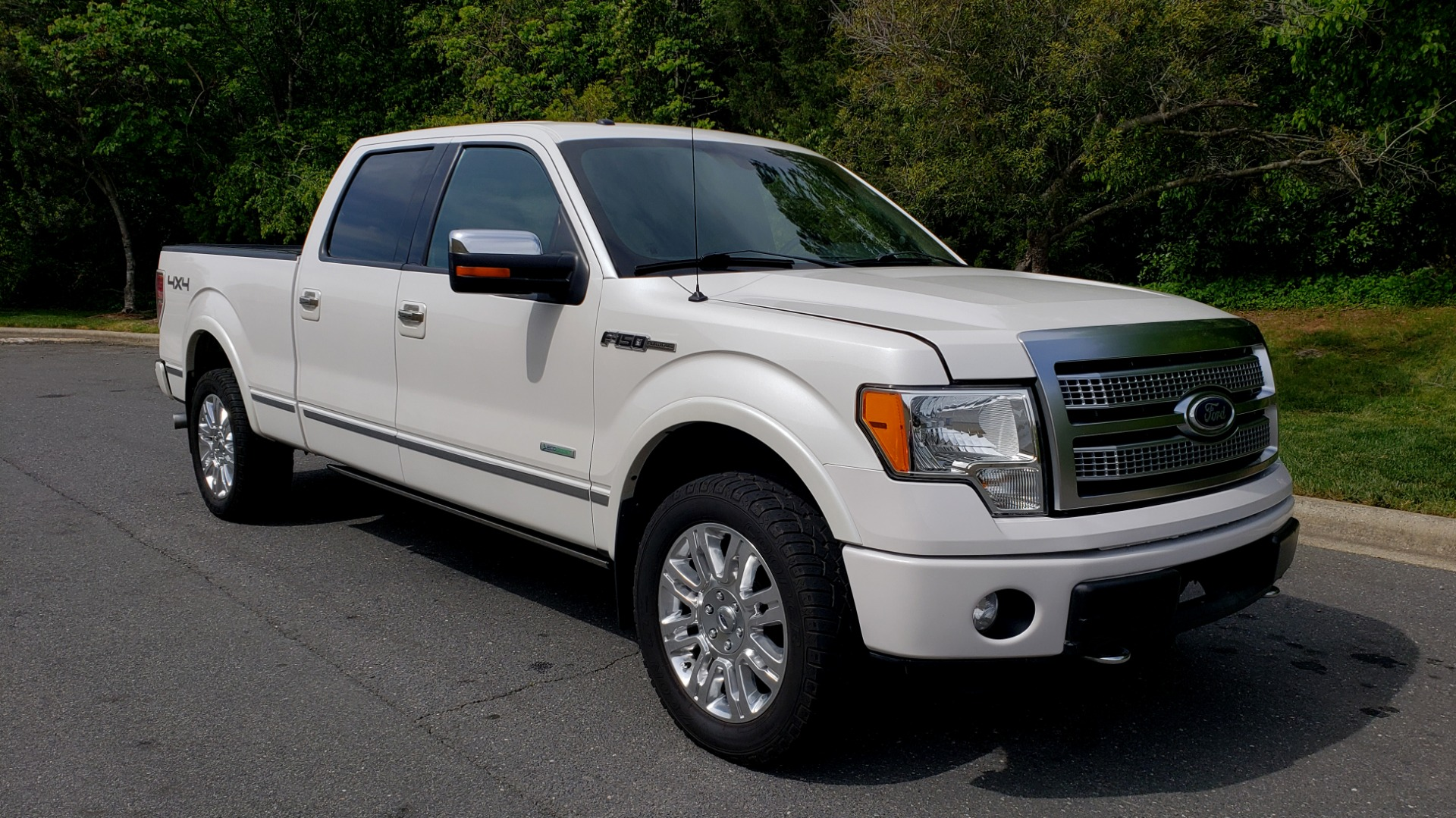 Used 2011 Ford F-150 PLATINUM 4X4 SUPERCREW / NAV / SUNROOF / SONY / REARVIEW for sale Sold at Formula Imports in Charlotte NC 28227 4