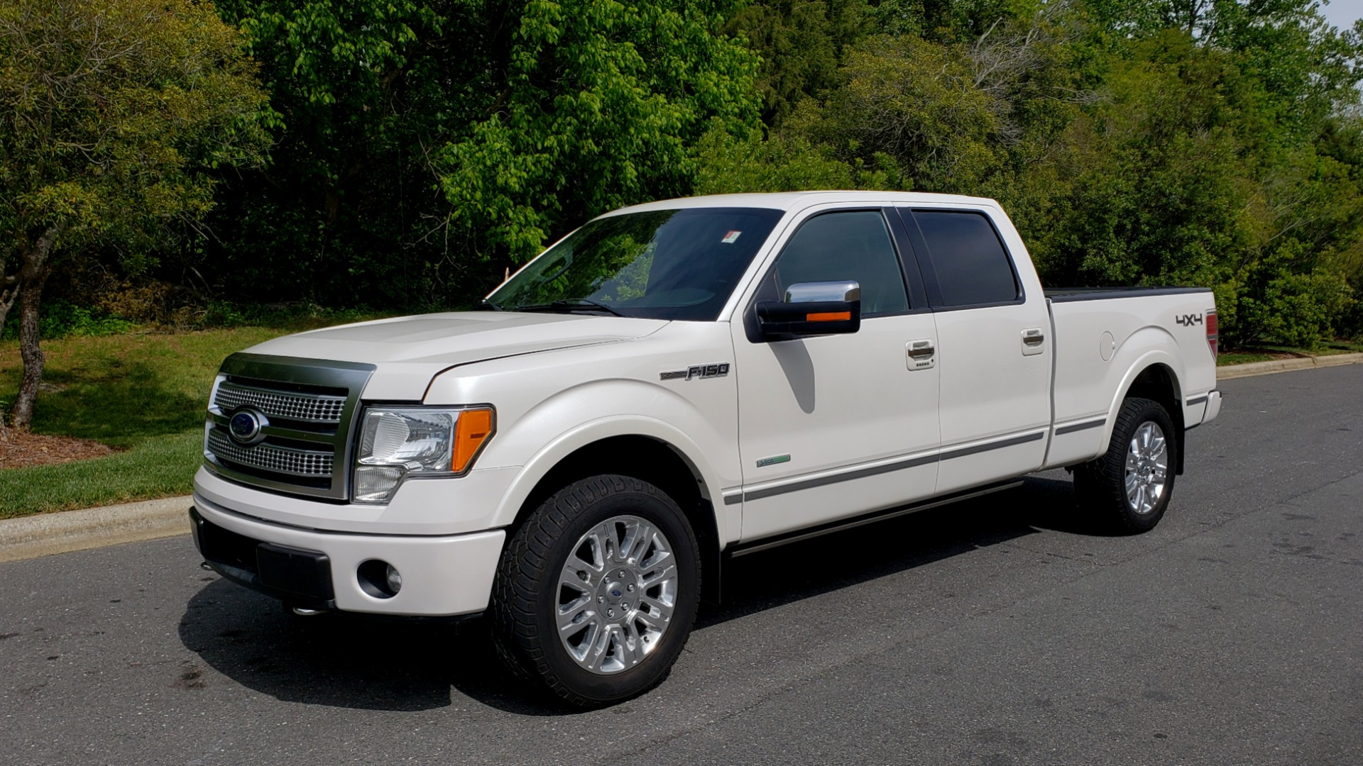 Used 2011 Ford F-150 PLATINUM 4X4 SUPERCREW / NAV / SUNROOF / SONY / REARVIEW for sale Sold at Formula Imports in Charlotte NC 28227 1