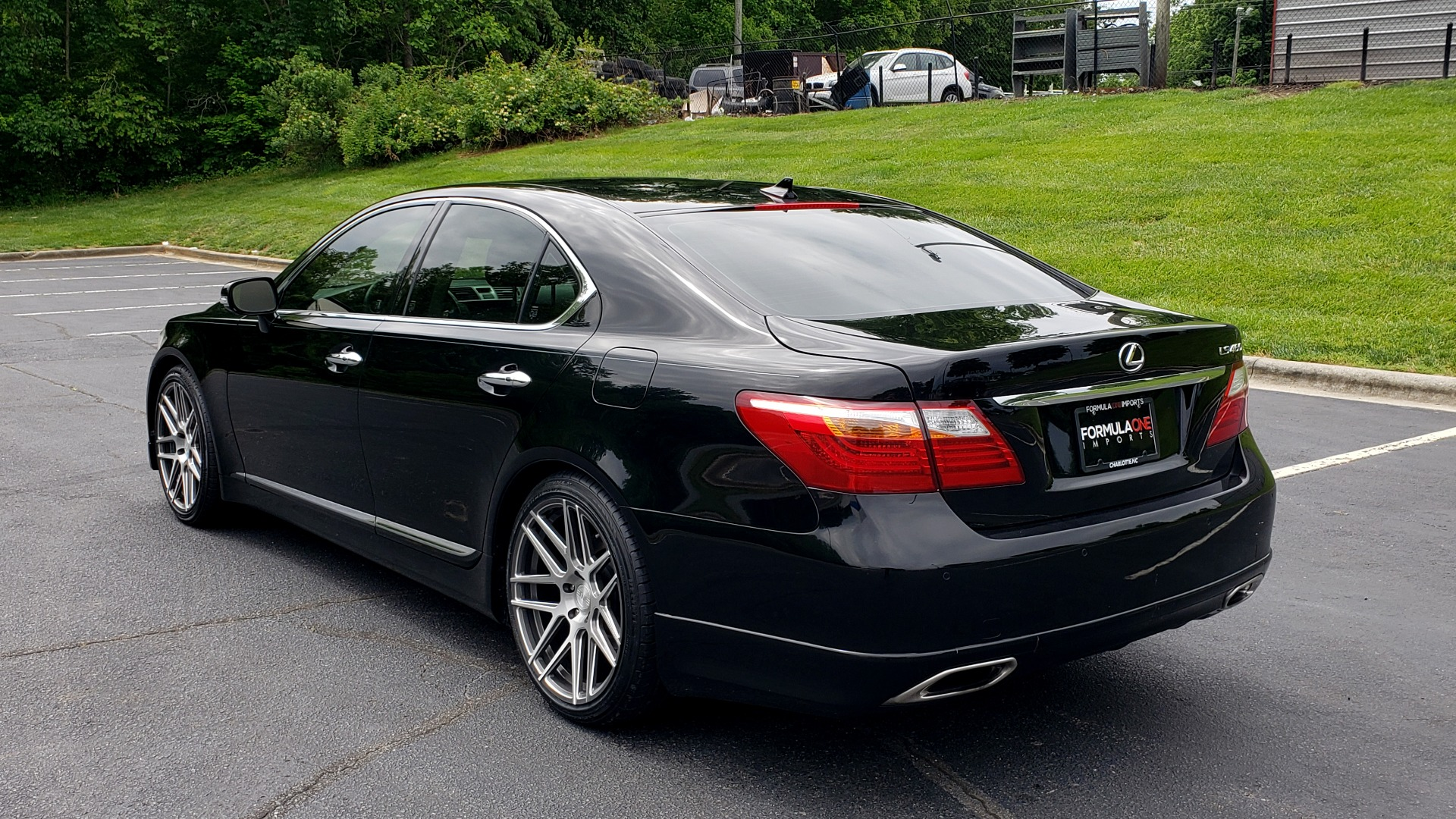 Used 2012 Lexus LS 460 COMFORT W/SPORT / VENT SEATS / NAV / MARK LEV SND / SUNROOF for sale Sold at Formula Imports in Charlotte NC 28227 4