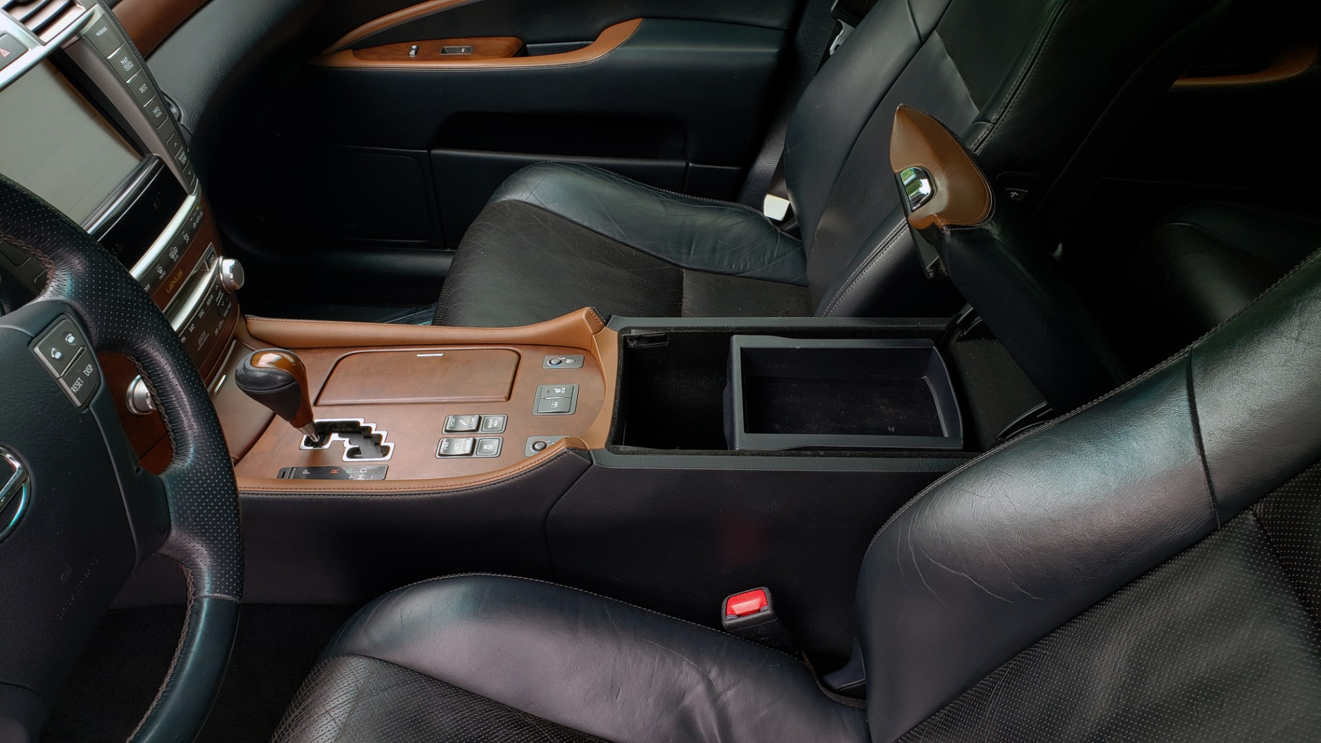 Used 2012 Lexus LS 460 COMFORT W/SPORT / VENT SEATS / NAV / MARK LEV SND / SUNROOF for sale Sold at Formula Imports in Charlotte NC 28227 55
