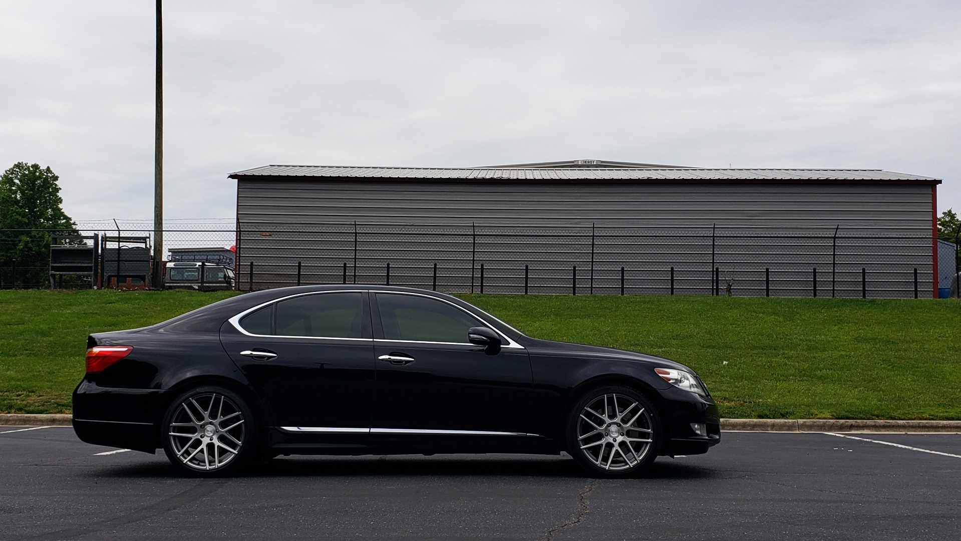 Used 2012 Lexus LS 460 COMFORT W/SPORT / VENT SEATS / NAV / MARK LEV SND / SUNROOF for sale Sold at Formula Imports in Charlotte NC 28227 6