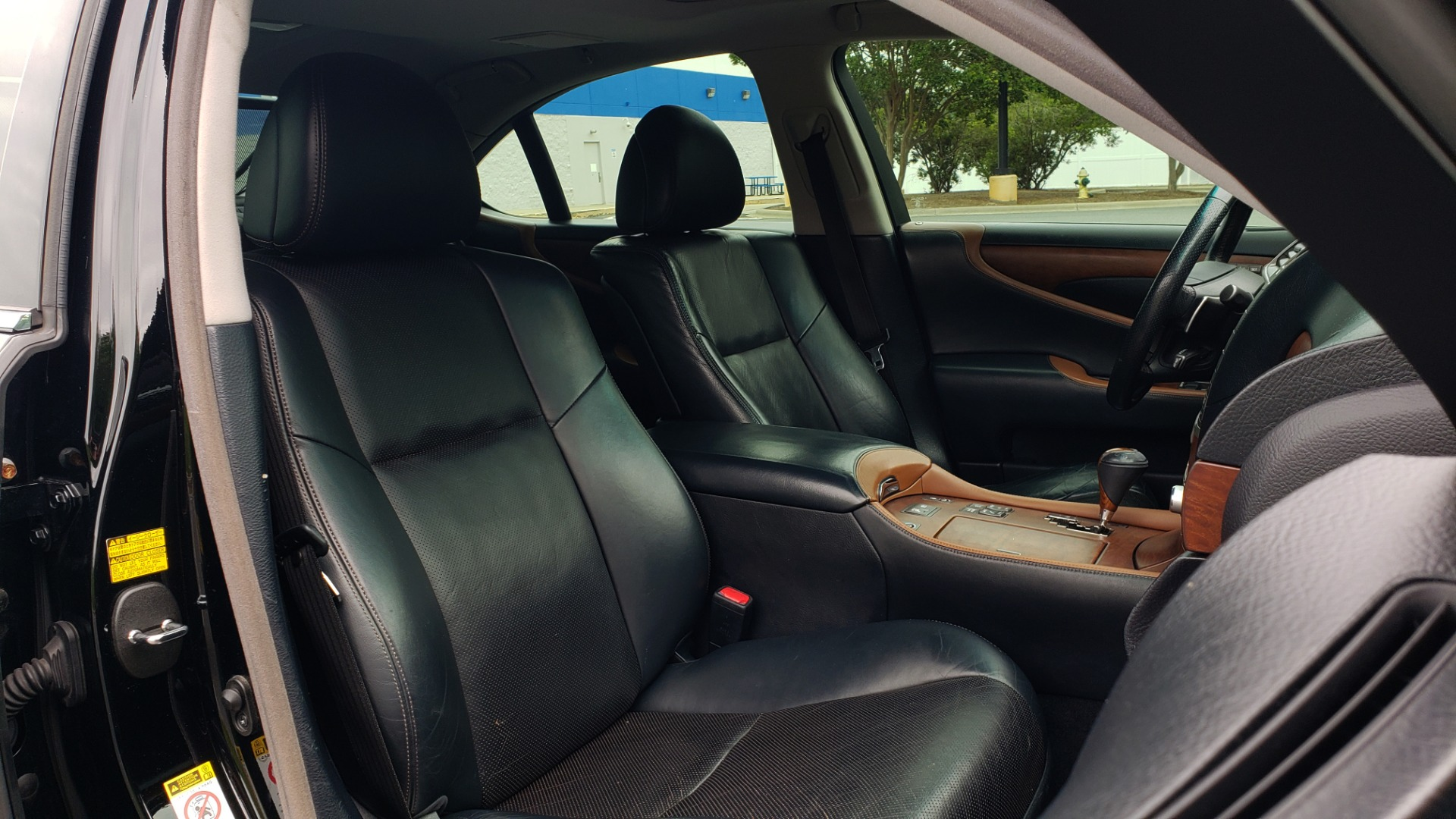 Used 2012 Lexus LS 460 COMFORT W/SPORT / VENT SEATS / NAV / MARK LEV SND / SUNROOF for sale Sold at Formula Imports in Charlotte NC 28227 68