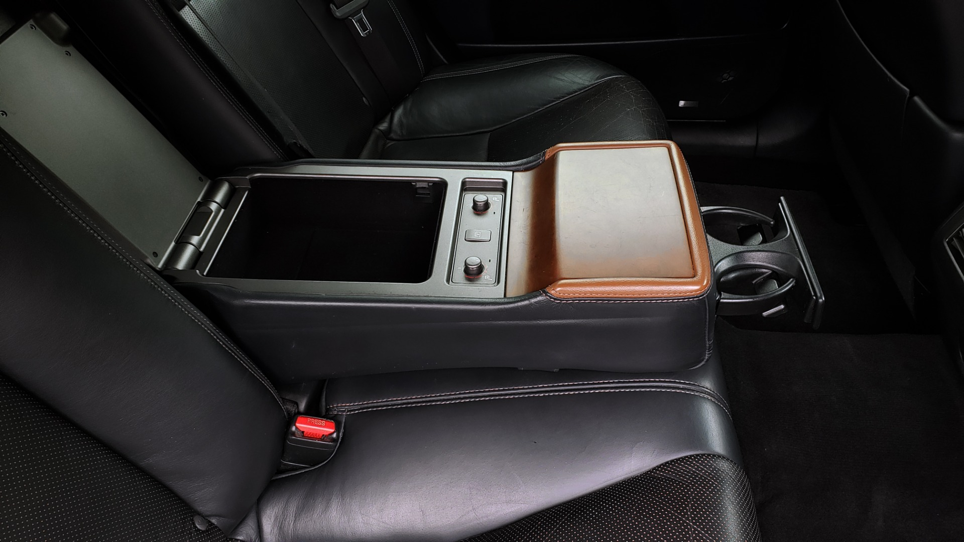 Used 2012 Lexus LS 460 COMFORT W/SPORT / VENT SEATS / NAV / MARK LEV SND / SUNROOF for sale Sold at Formula Imports in Charlotte NC 28227 81