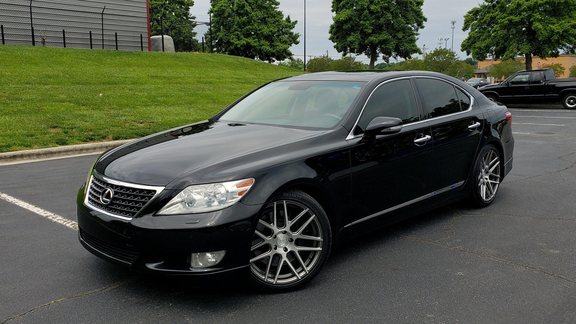 Used 2012 Lexus LS 460 COMFORT W/SPORT / VENT SEATS / NAV / MARK LEV SND / SUNROOF for sale Sold at Formula Imports in Charlotte NC 28227 1