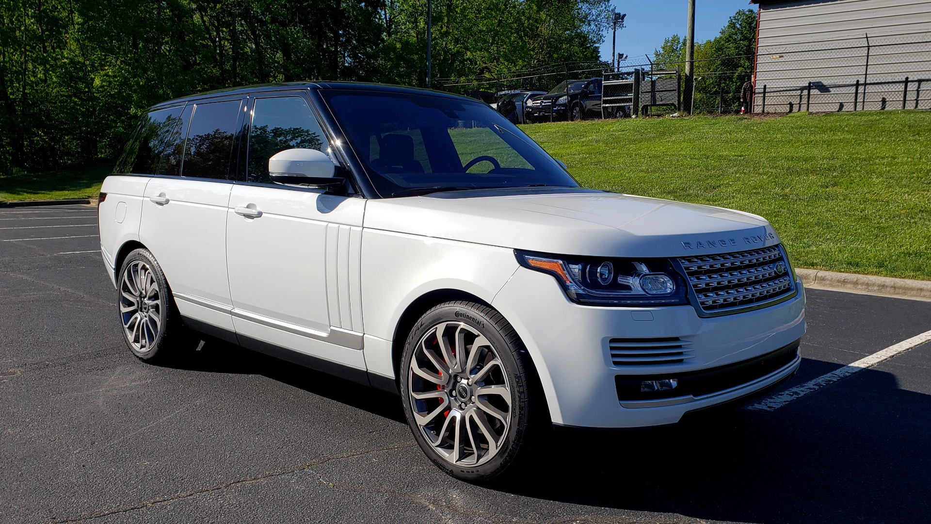 Used 2016 Land Rover RANGE ROVER HSE / NAV / VISION ASSIST / MERIDIAN / PANO-ROOF / REARVIEW for sale Sold at Formula Imports in Charlotte NC 28227 4