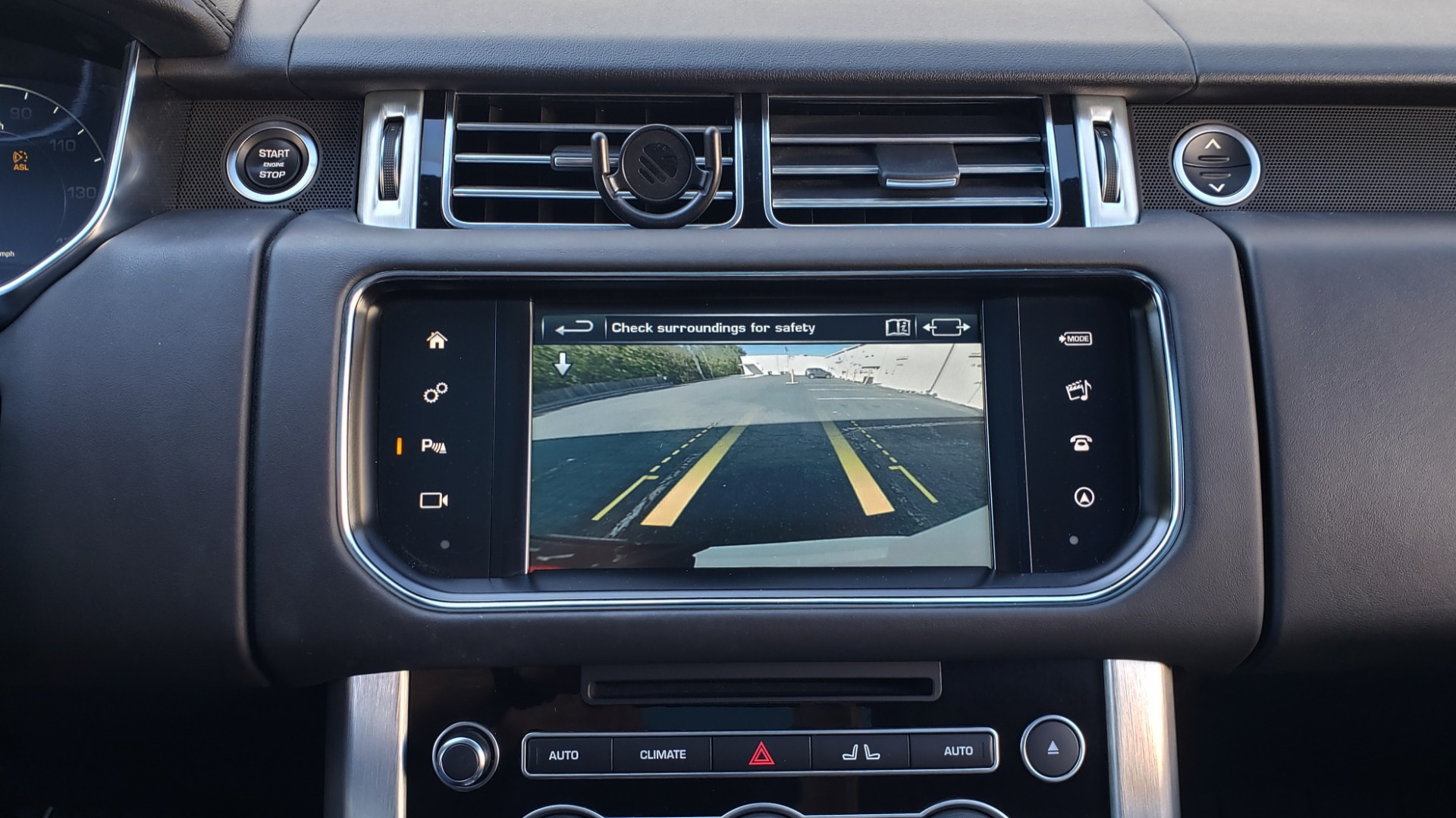 Used 2016 Land Rover RANGE ROVER HSE / NAV / VISION ASSIST / MERIDIAN / PANO-ROOF / REARVIEW for sale Sold at Formula Imports in Charlotte NC 28227 46
