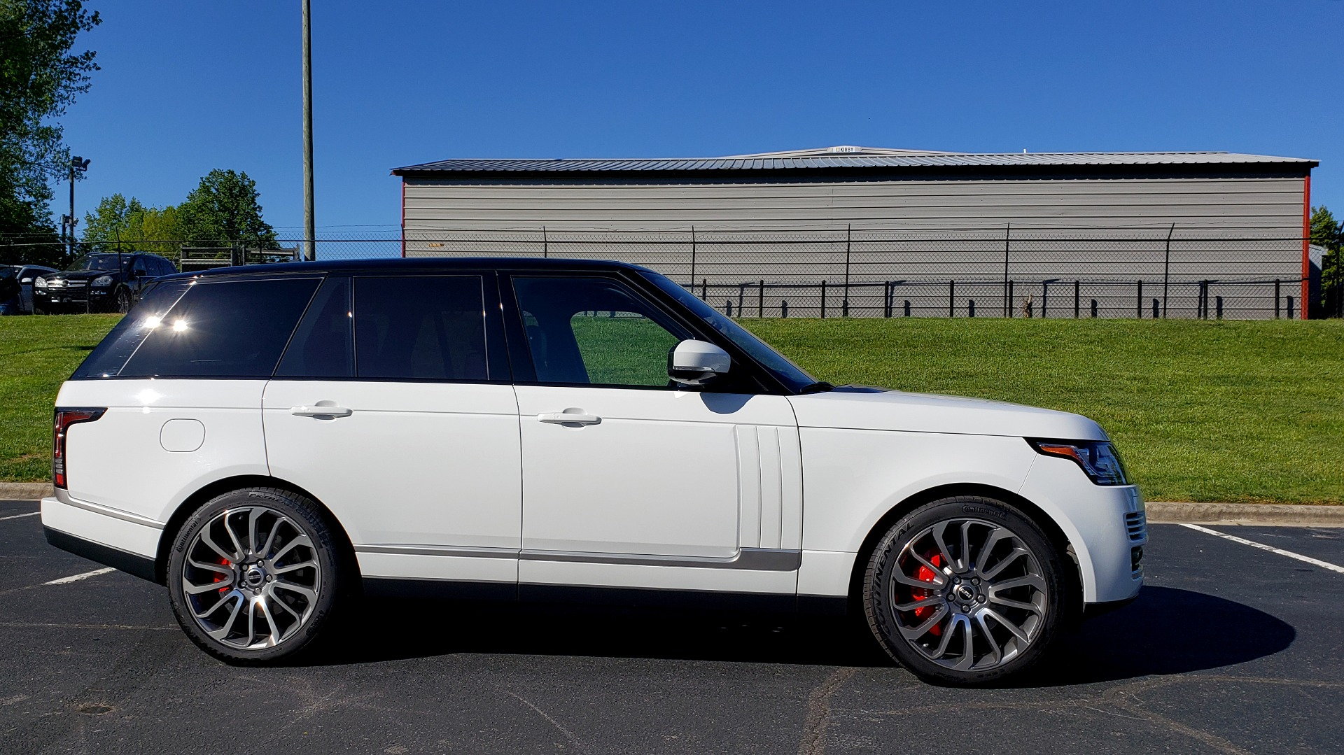 Used 2016 Land Rover RANGE ROVER HSE / NAV / VISION ASSIST / MERIDIAN / PANO-ROOF / REARVIEW for sale Sold at Formula Imports in Charlotte NC 28227 5