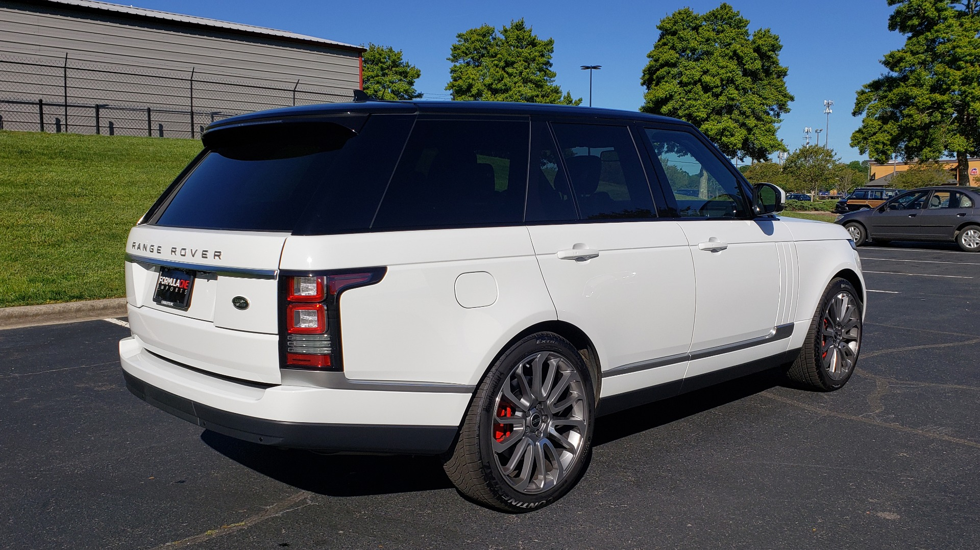 Used 2016 Land Rover RANGE ROVER HSE / AWD / SC V6 / NAV / VISION ASST / PANO-ROOF / BSM for sale $47,495 at Formula Imports in Charlotte NC 28227 6