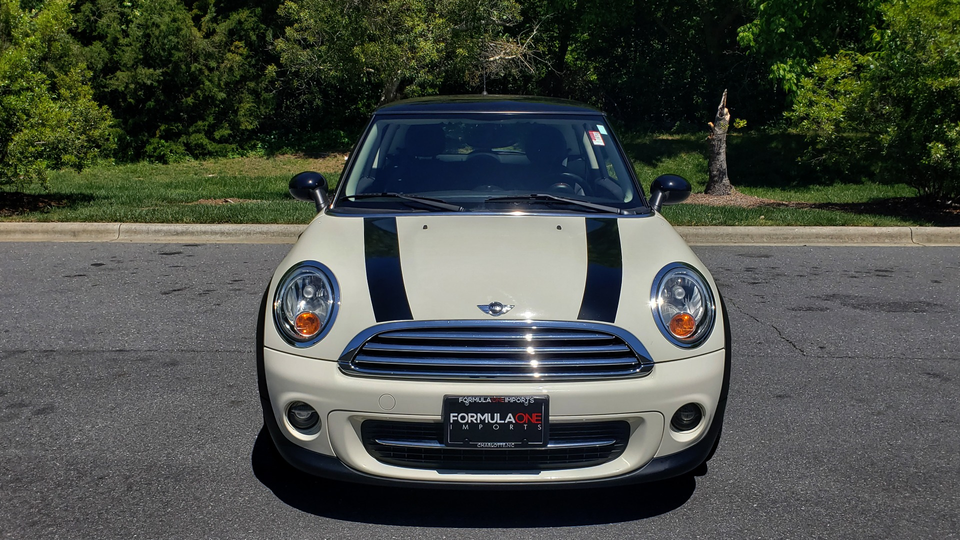 Used 2012 MINI COOPER HARDTOP 6-SPEED MANUAL / VERY CLEAN / 37 MPG for sale Sold at Formula Imports in Charlotte NC 28227 24