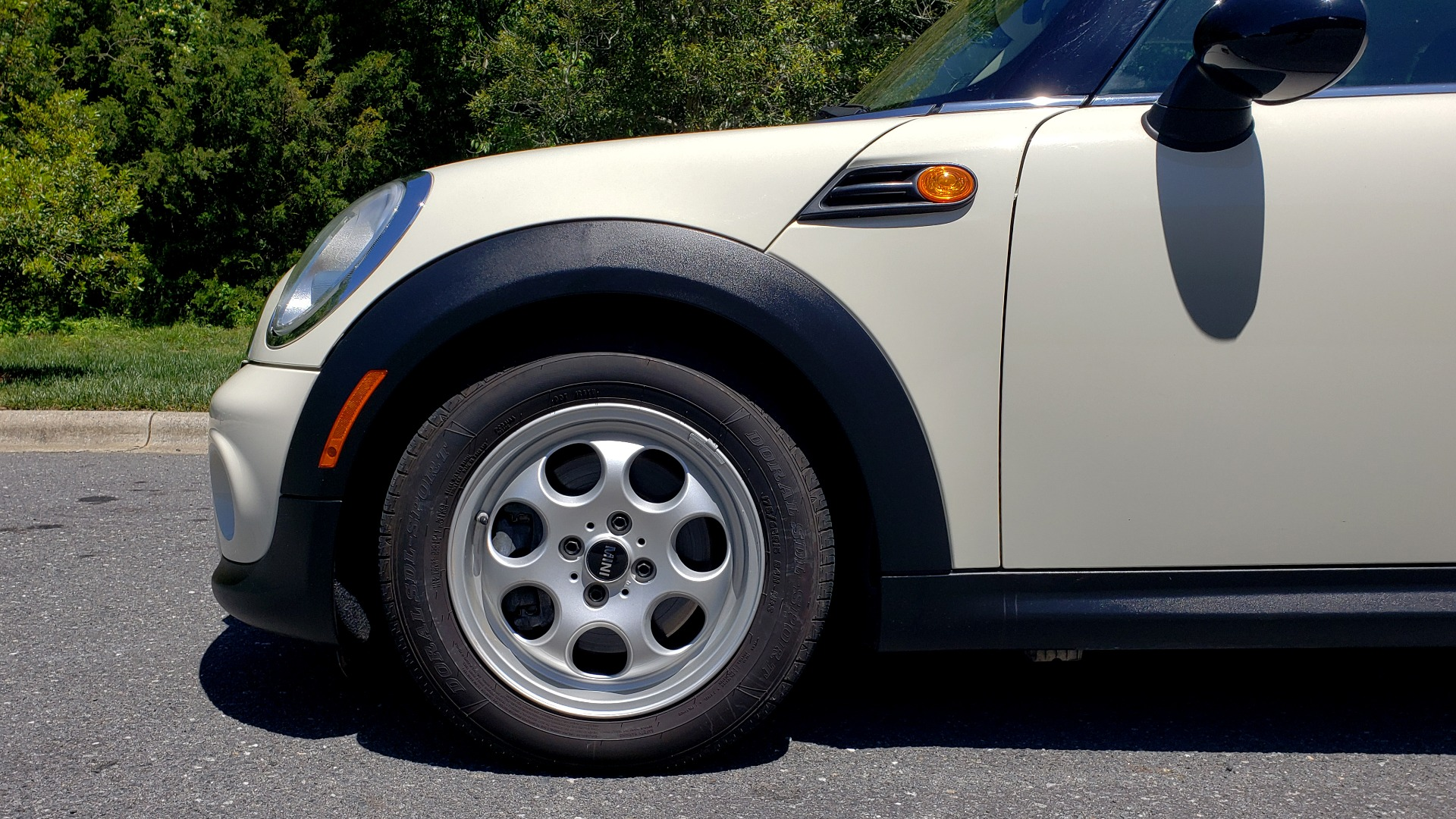 Used 2012 MINI COOPER HARDTOP 6-SPEED MANUAL / VERY CLEAN / 37 MPG for sale Sold at Formula Imports in Charlotte NC 28227 63
