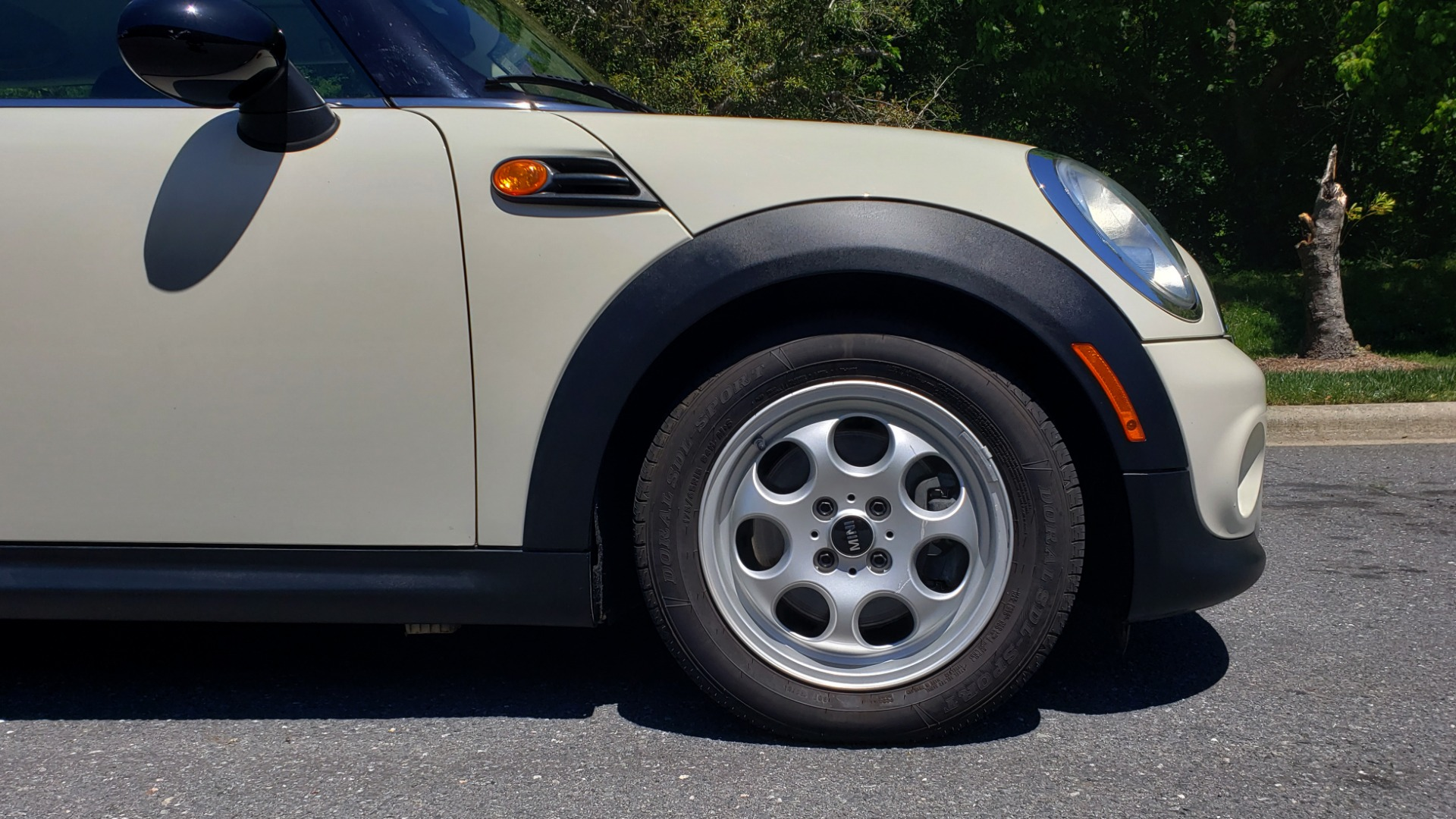 Used 2012 MINI COOPER HARDTOP 6-SPEED MANUAL / VERY CLEAN / 37 MPG for sale Sold at Formula Imports in Charlotte NC 28227 66