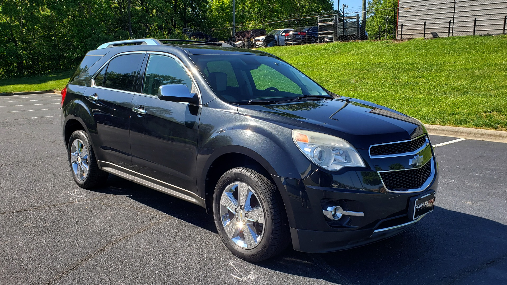 Used 2012 Chevrolet EQUINOX LTZ / FWD / 3.0L V6 / NAV / SUNROOF / PIONEER SND / REARVIEW for sale Sold at Formula Imports in Charlotte NC 28227 4