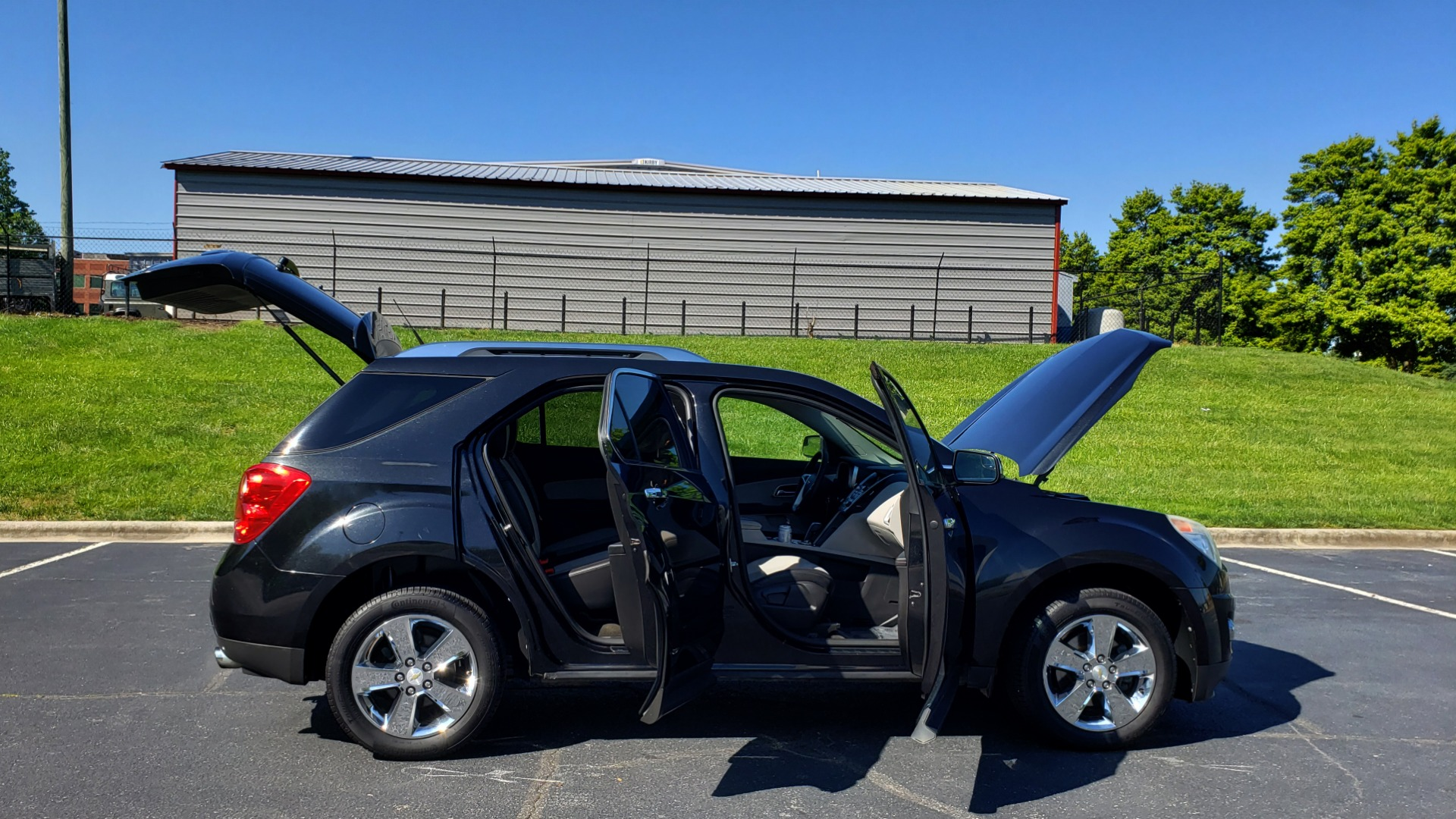 Used 2012 Chevrolet EQUINOX LTZ / FWD / 3.0L V6 / NAV / SUNROOF / PIONEER SND / REARVIEW for sale Sold at Formula Imports in Charlotte NC 28227 9