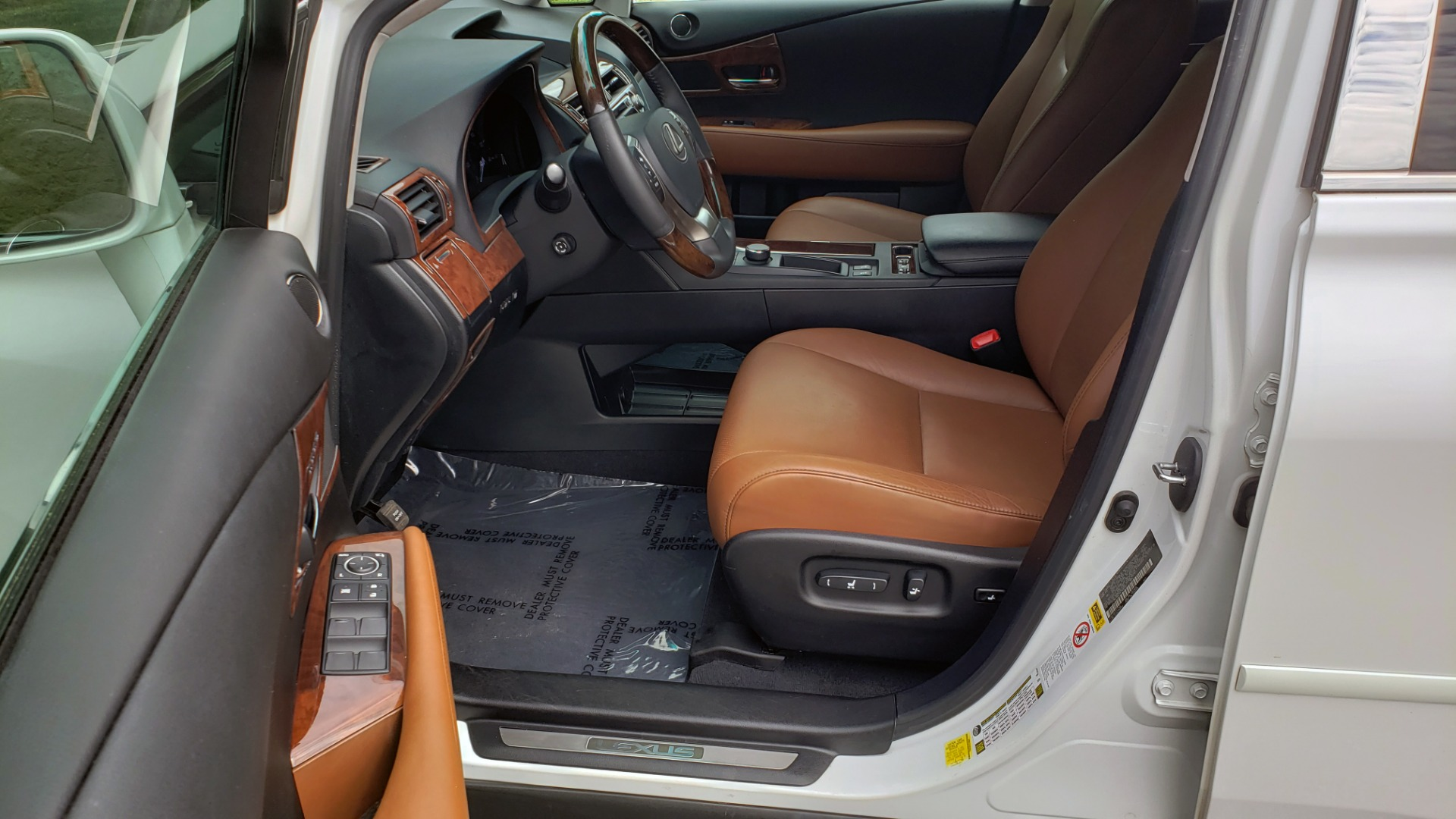 Used 2013 Lexus RX 350 PREMIUM PKG / SUNROOF / BSM / PARK ASST / REARVIEW for sale Sold at Formula Imports in Charlotte NC 28227 35