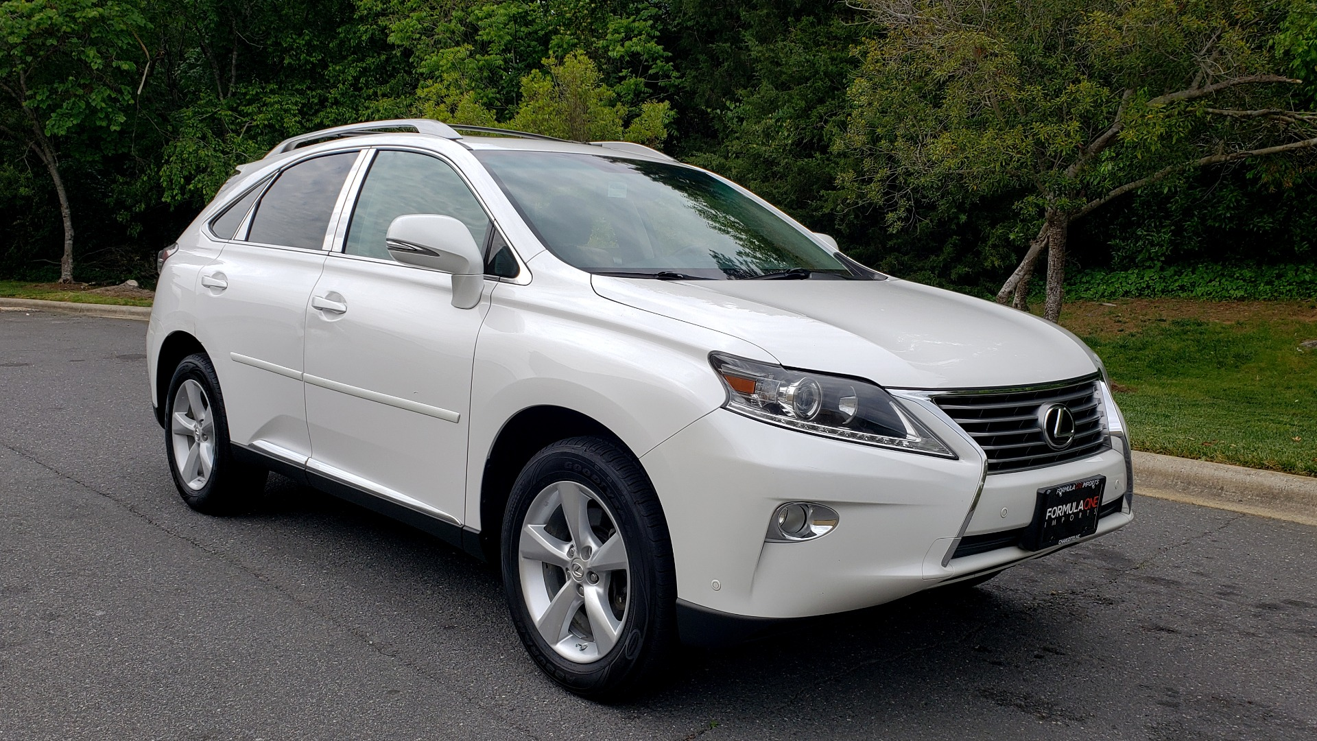 Used 2013 Lexus RX 350 PREMIUM PKG / SUNROOF / BSM / PARK ASST / REARVIEW for sale Sold at Formula Imports in Charlotte NC 28227 4