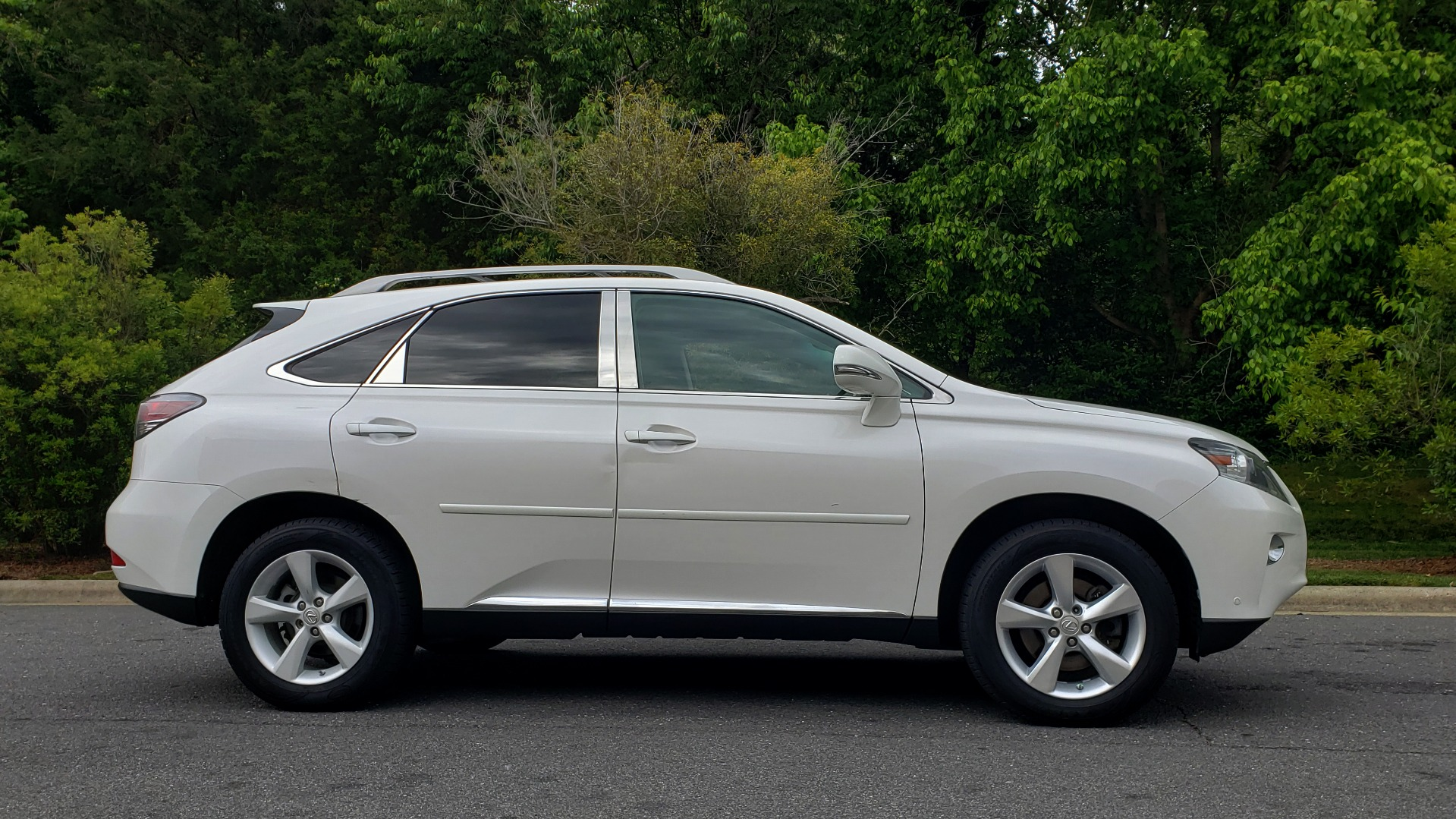 Used 2013 Lexus RX 350 PREMIUM PKG / SUNROOF / BSM / PARK ASST / REARVIEW for sale Sold at Formula Imports in Charlotte NC 28227 5