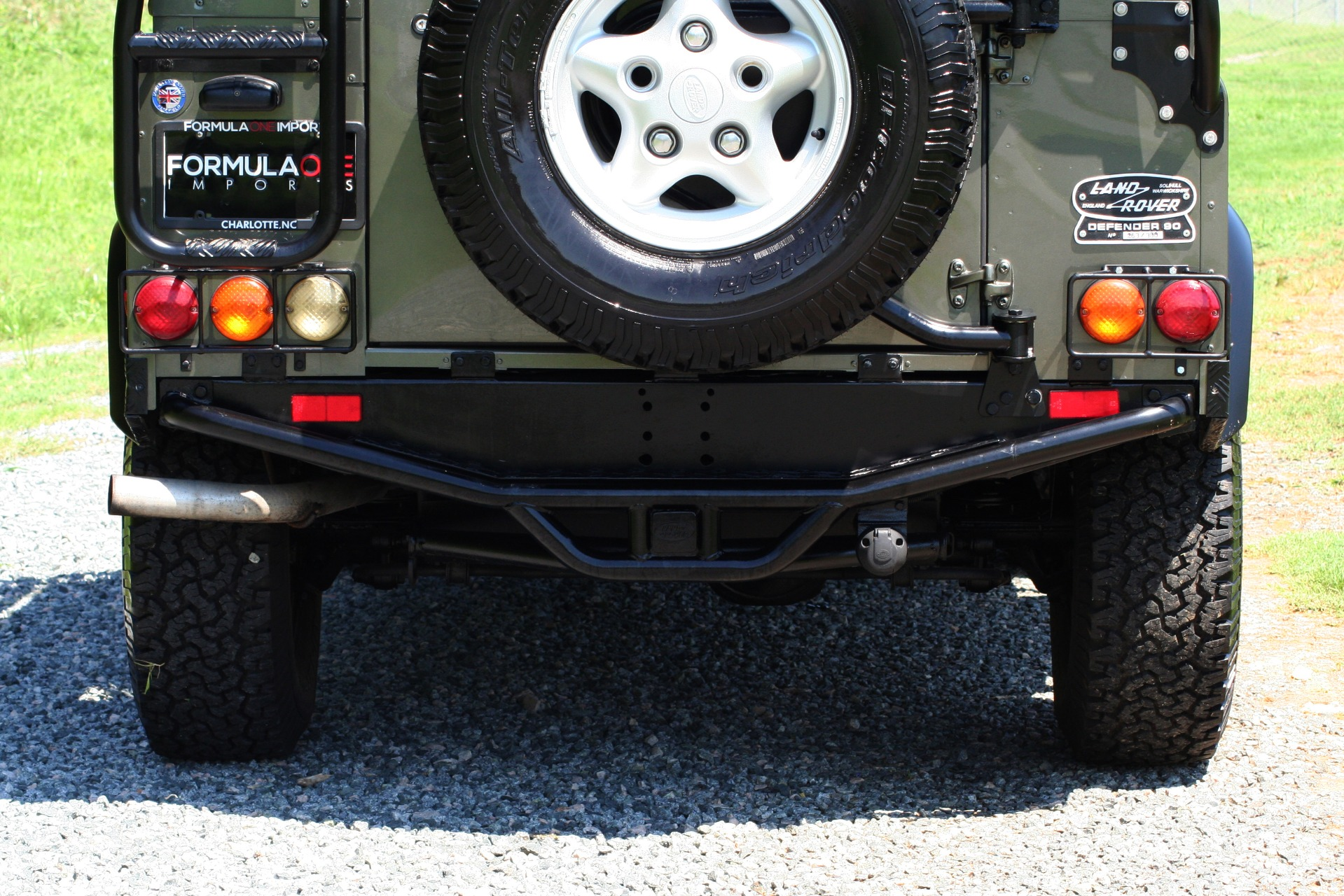 Used 1997 Land Rover DEFENDER 90 LIMITED EDITION / HARD-TOP / 4WD / FULLY RESTORED / LOW MILES for sale $119,000 at Formula Imports in Charlotte NC 28227 19