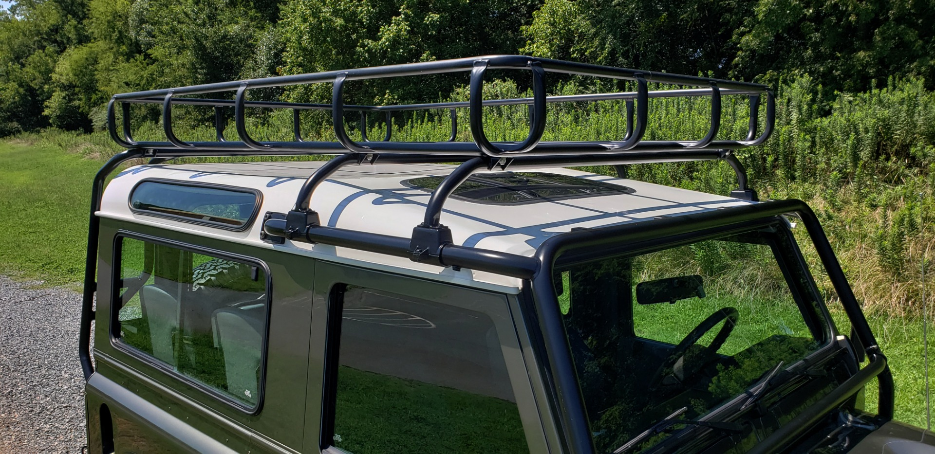 Used 1997 Land Rover DEFENDER 90 LIMITED EDITION / HARD-TOP / 4WD / FULLY RESTORED / LOW MILES for sale $119,000 at Formula Imports in Charlotte NC 28227 30