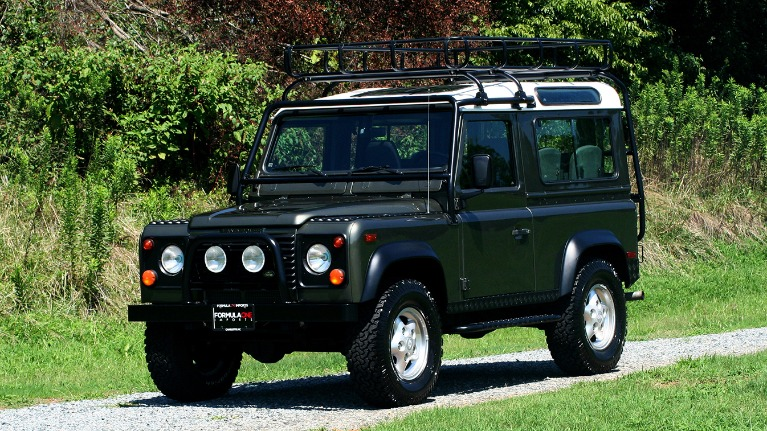 Used 1997 Land Rover DEFENDER 90 LIMITED EDITION / HARD-TOP / 4WD / FULLY RESTORED / LOW MILES for sale $129,999 at Formula Imports in Charlotte NC