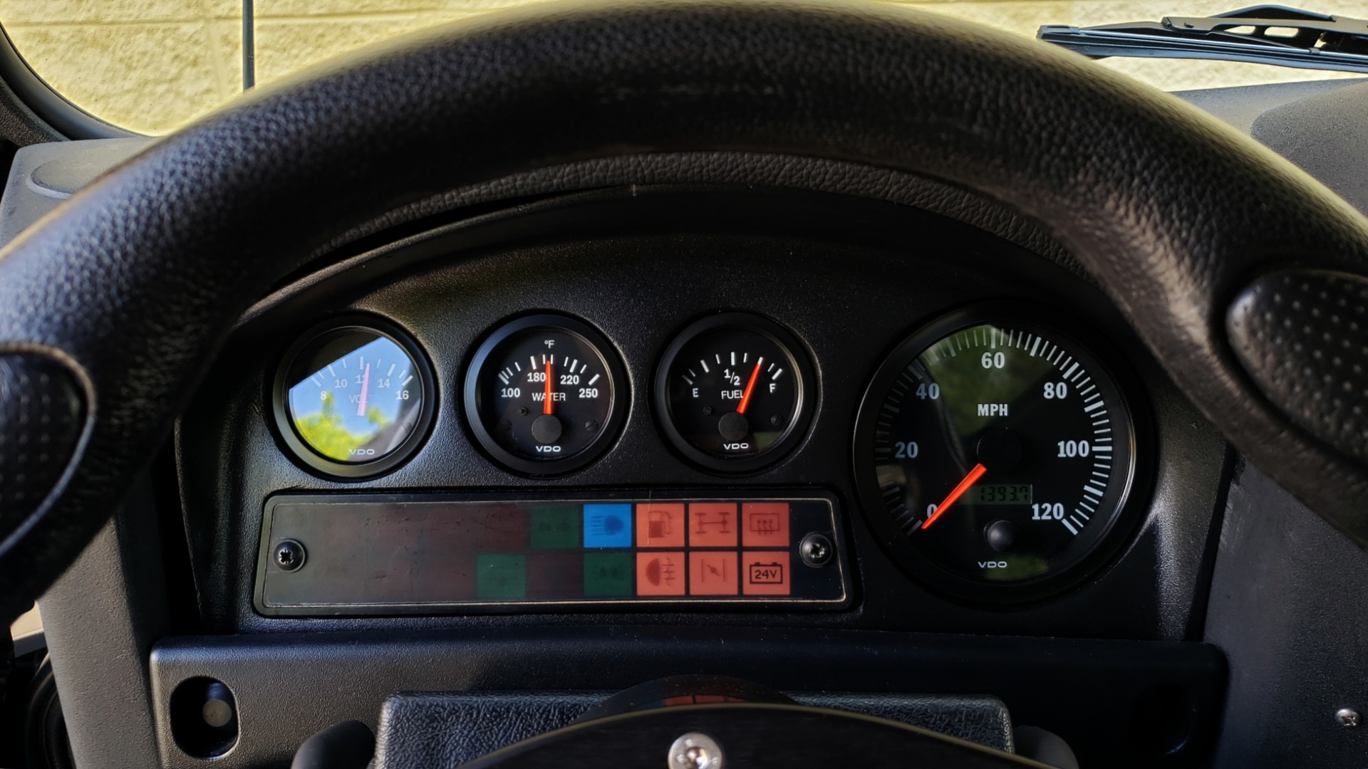 Used 1985 Land Rover DEFENDER 90 4X4 CUSTOM RESTORED 5.3L LS V8 for sale Sold at Formula Imports in Charlotte NC 28227 32