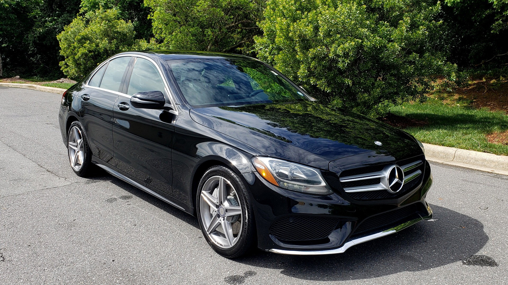 Used 2016 Mercedes-Benz C-CLASS C300 SPORT / PREM PKG / NAV / PANO-ROOF / REARVIEW / KEYLESS-GO for sale Sold at Formula Imports in Charlotte NC 28227 11