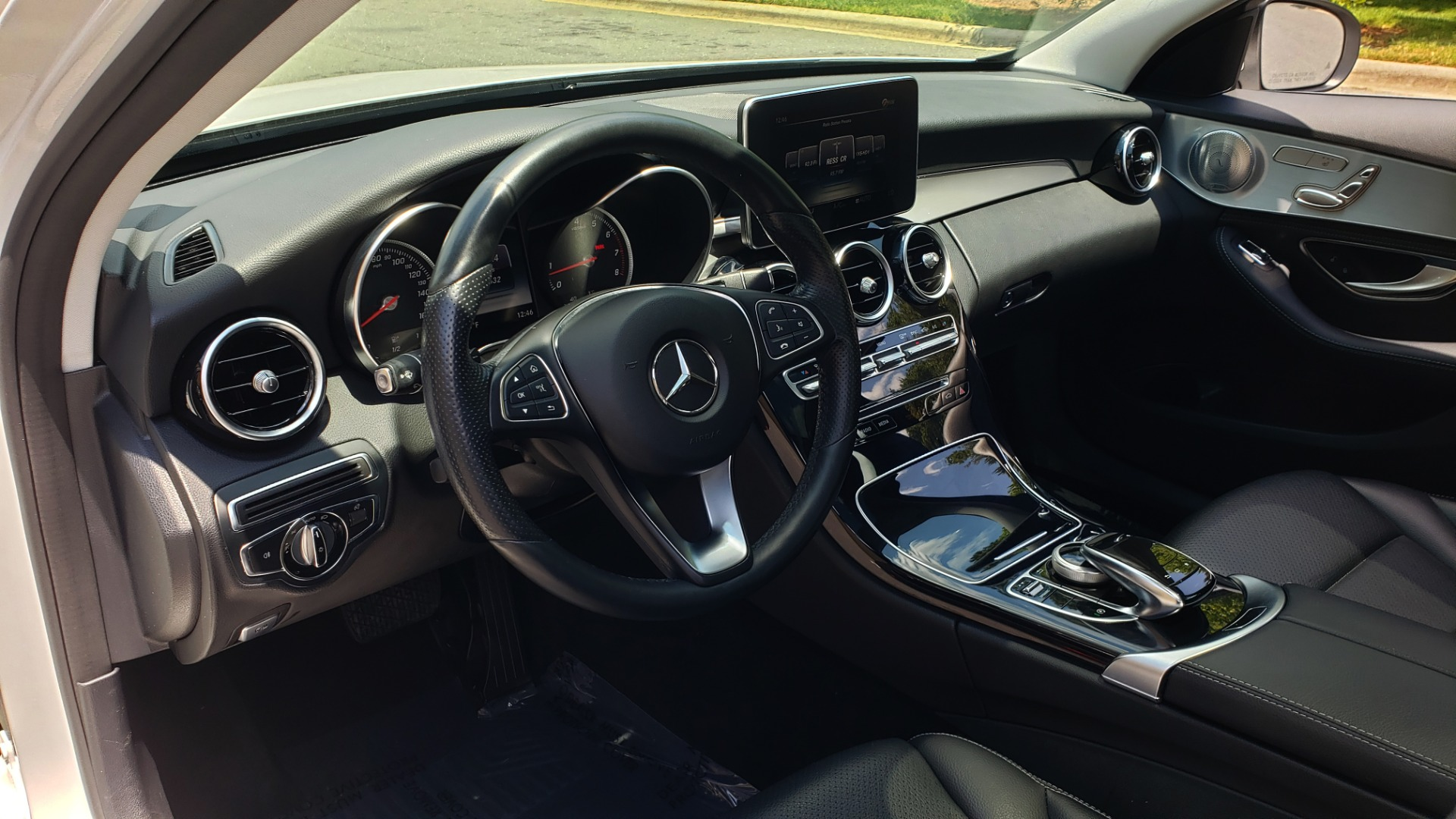 Used 2016 Mercedes-Benz C-CLASS C 300 4MATIC PREMIUM / PANO-ROOF / MULTI MEDIA PKG / REARVIEW for sale Sold at Formula Imports in Charlotte NC 28227 32