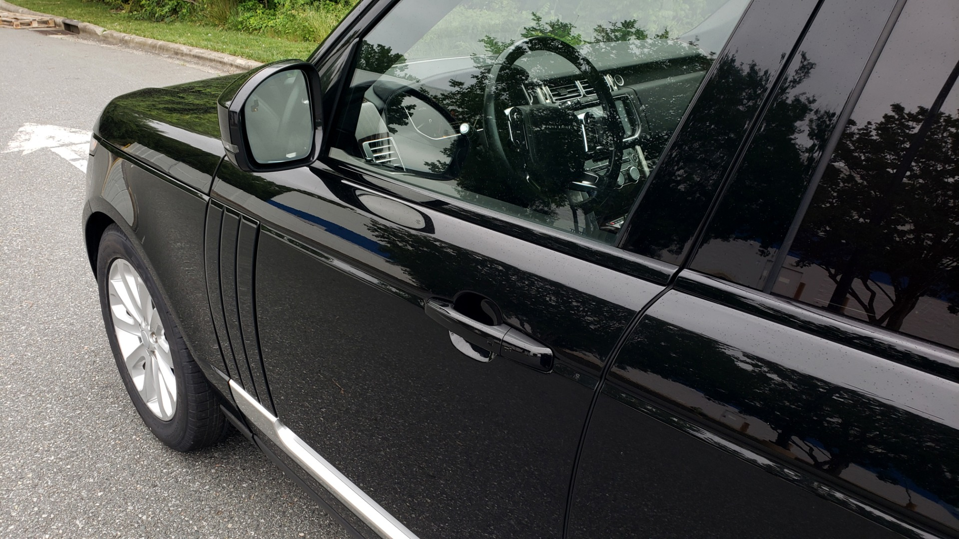 Used 2016 Land Rover Range Rover HSE for sale Sold at Formula Imports in Charlotte NC 28227 11