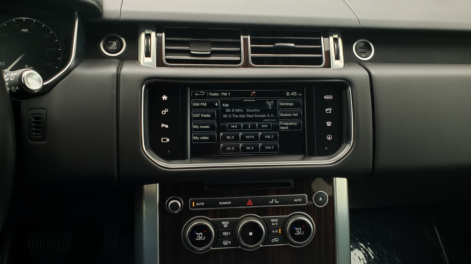Used 2016 Land Rover Range Rover HSE 3.0L SC V6 / NAV / PANO-ROOF / VENT SEATS / REARVIEW / BLIND SPOT for sale Sold at Formula Imports in Charlotte NC 28227 47