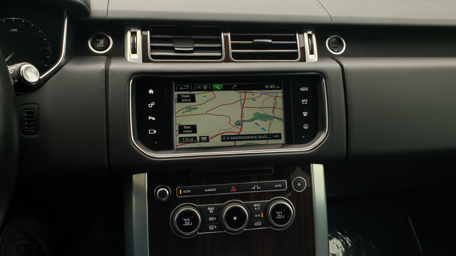 Used 2016 Land Rover Range Rover HSE 3.0L SC V6 / NAV / PANO-ROOF / VENT SEATS / REARVIEW / BLIND SPOT for sale Sold at Formula Imports in Charlotte NC 28227 49