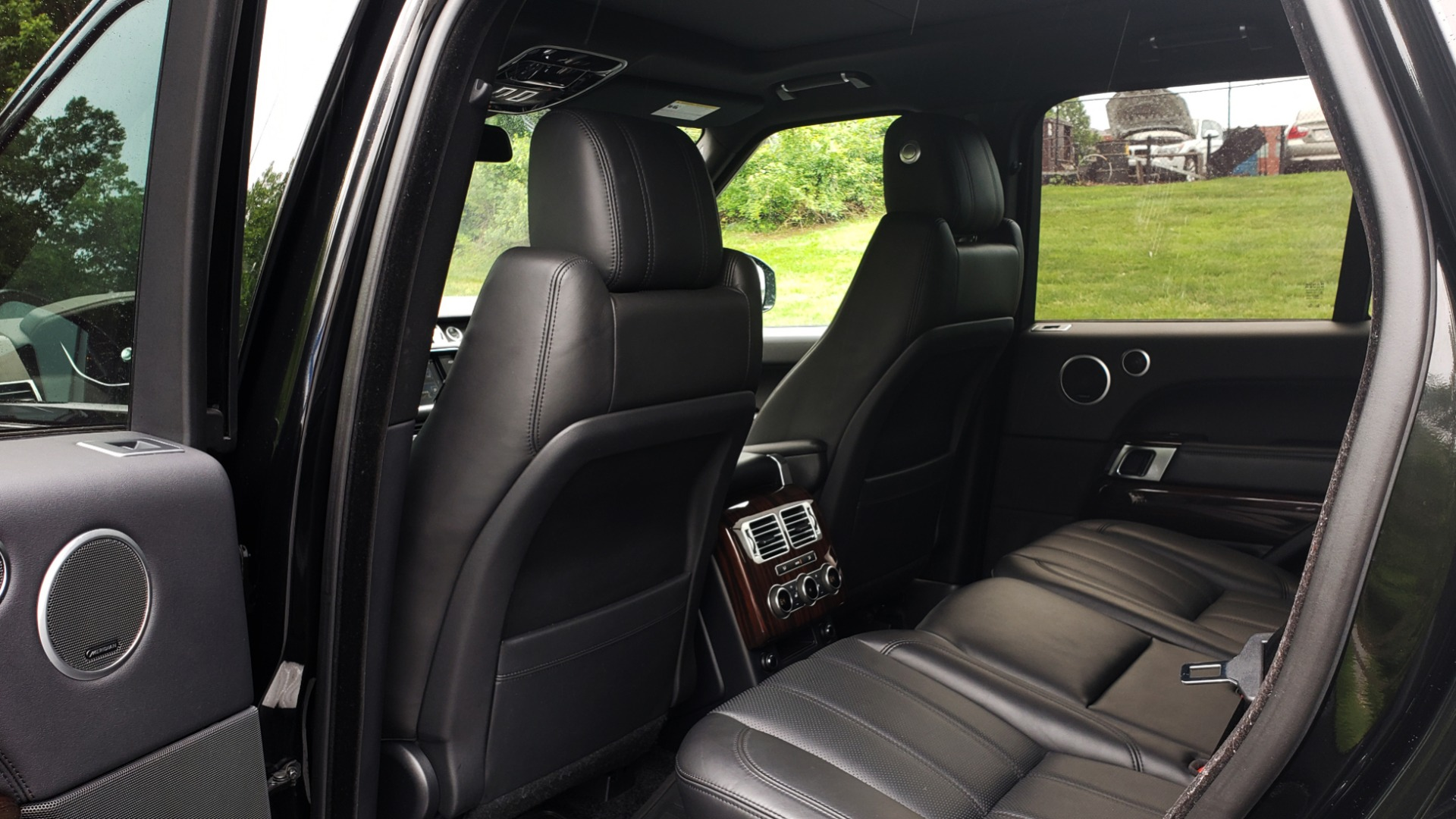 Used 2016 Land Rover Range Rover HSE 3.0L SC V6 / NAV / PANO-ROOF / VENT SEATS / REARVIEW / BLIND SPOT for sale Sold at Formula Imports in Charlotte NC 28227 63