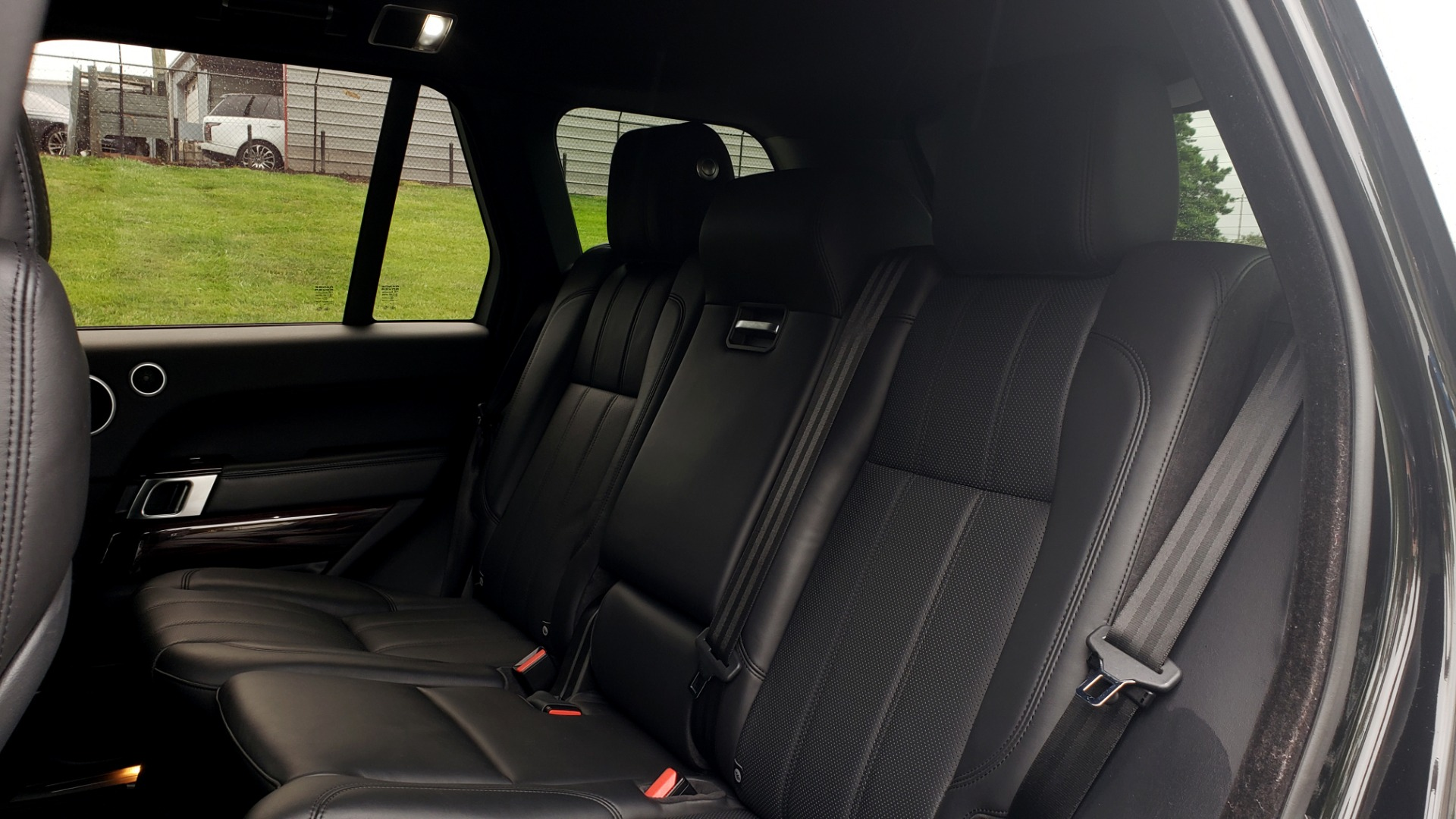 Used 2016 Land Rover Range Rover HSE 3.0L SC V6 / NAV / PANO-ROOF / VENT SEATS / REARVIEW / BLIND SPOT for sale Sold at Formula Imports in Charlotte NC 28227 65
